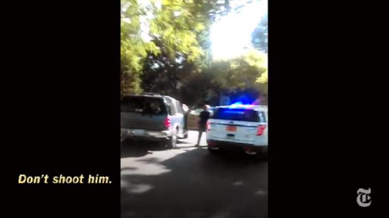 Megrázó videón rögzítette a Charlotte-ban agyonlőtt fekete férfi felesége, ahogyan a rendőrök végeznek a férjével