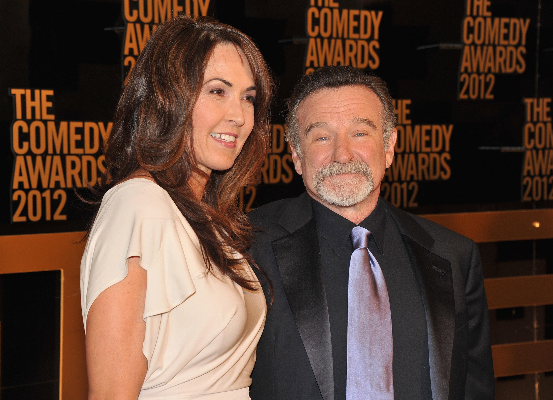 """""""Terroristák a férjem agyában"""" - Robin Williams utolsó évéről írt özvegye"""