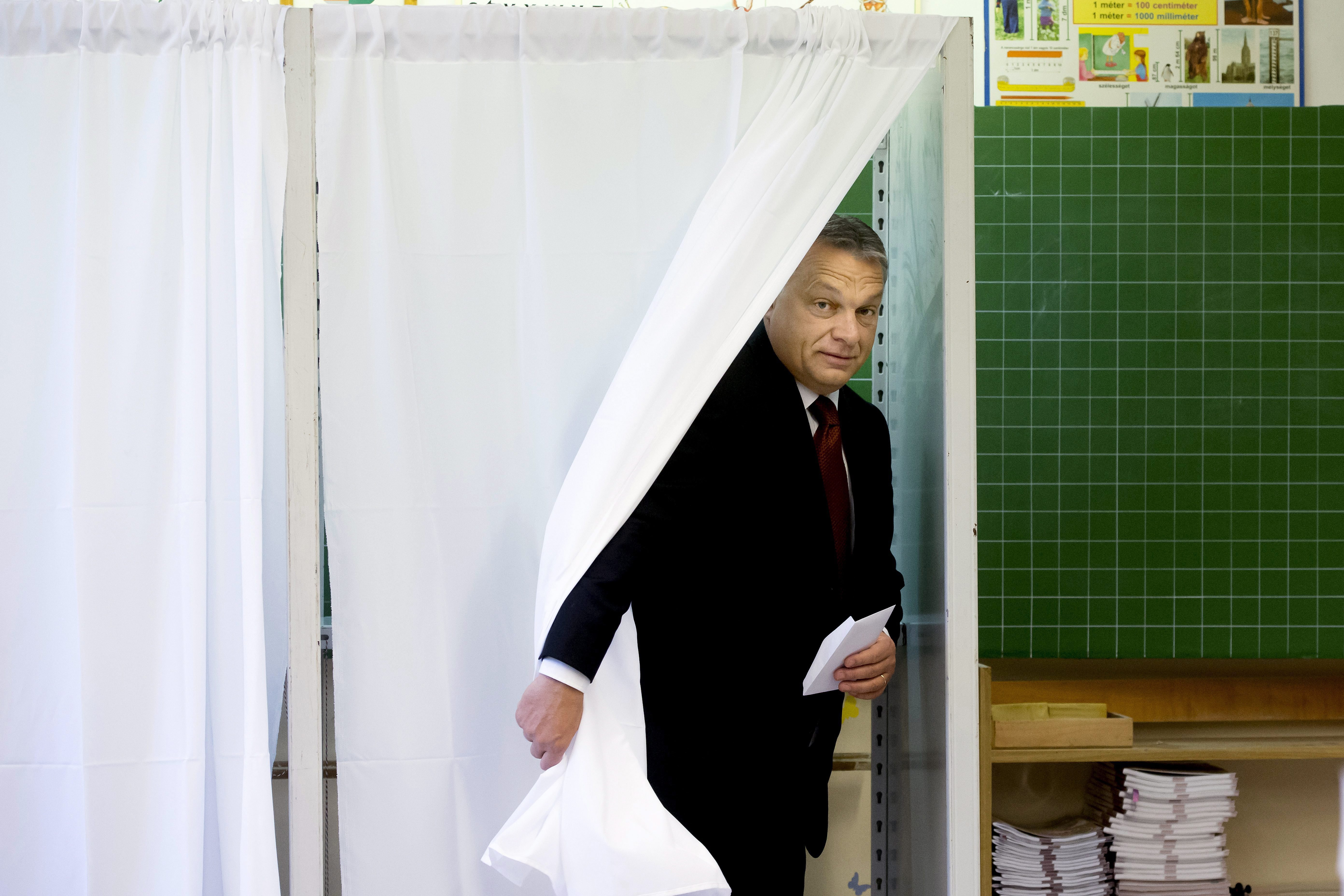 Orbán: Annak is lesz közjogi következménye, ha érvénytelen a népszavazás