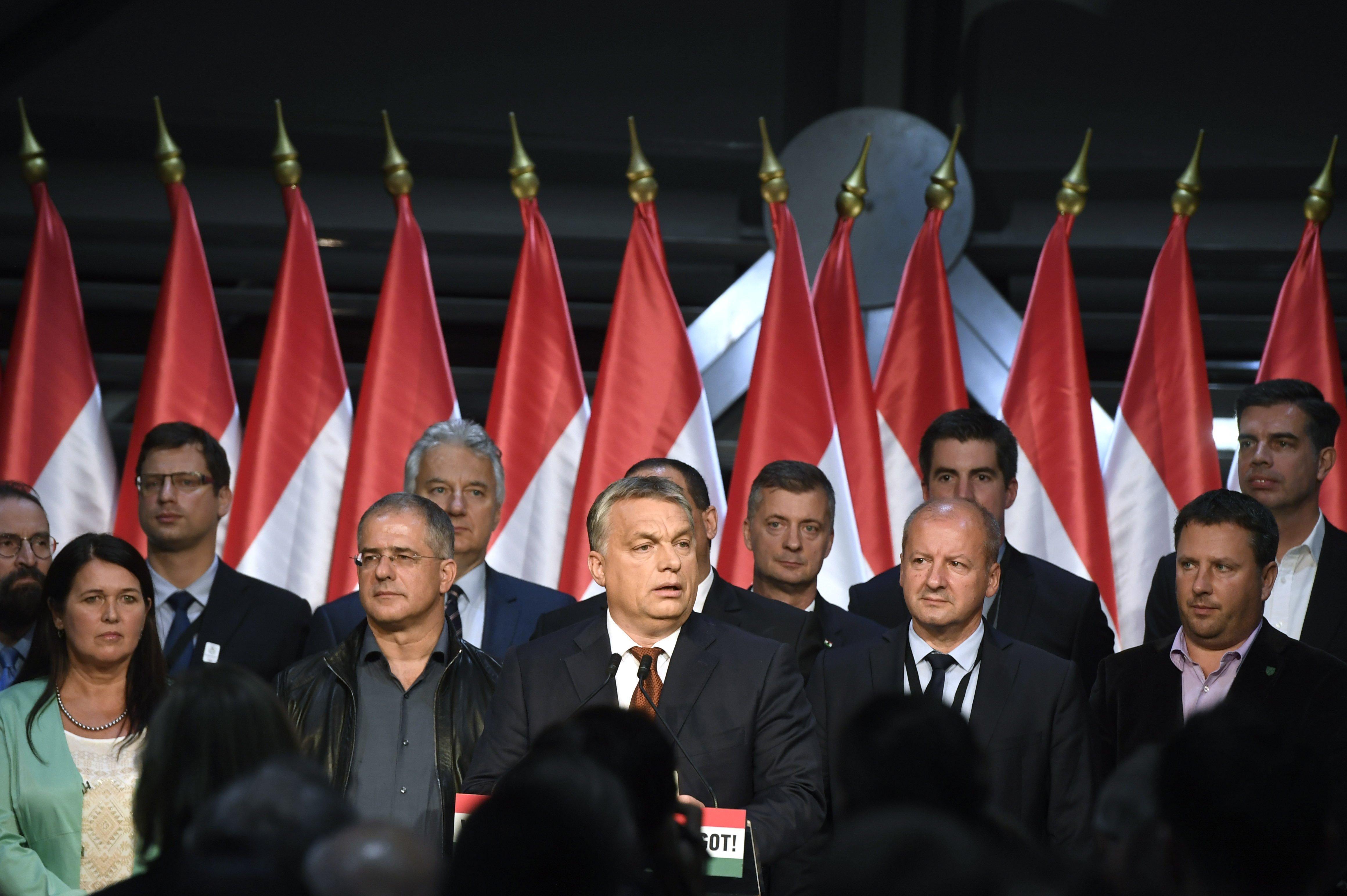 Orbán Viktor nem ezt ígérte, és Lázár János is hazudott