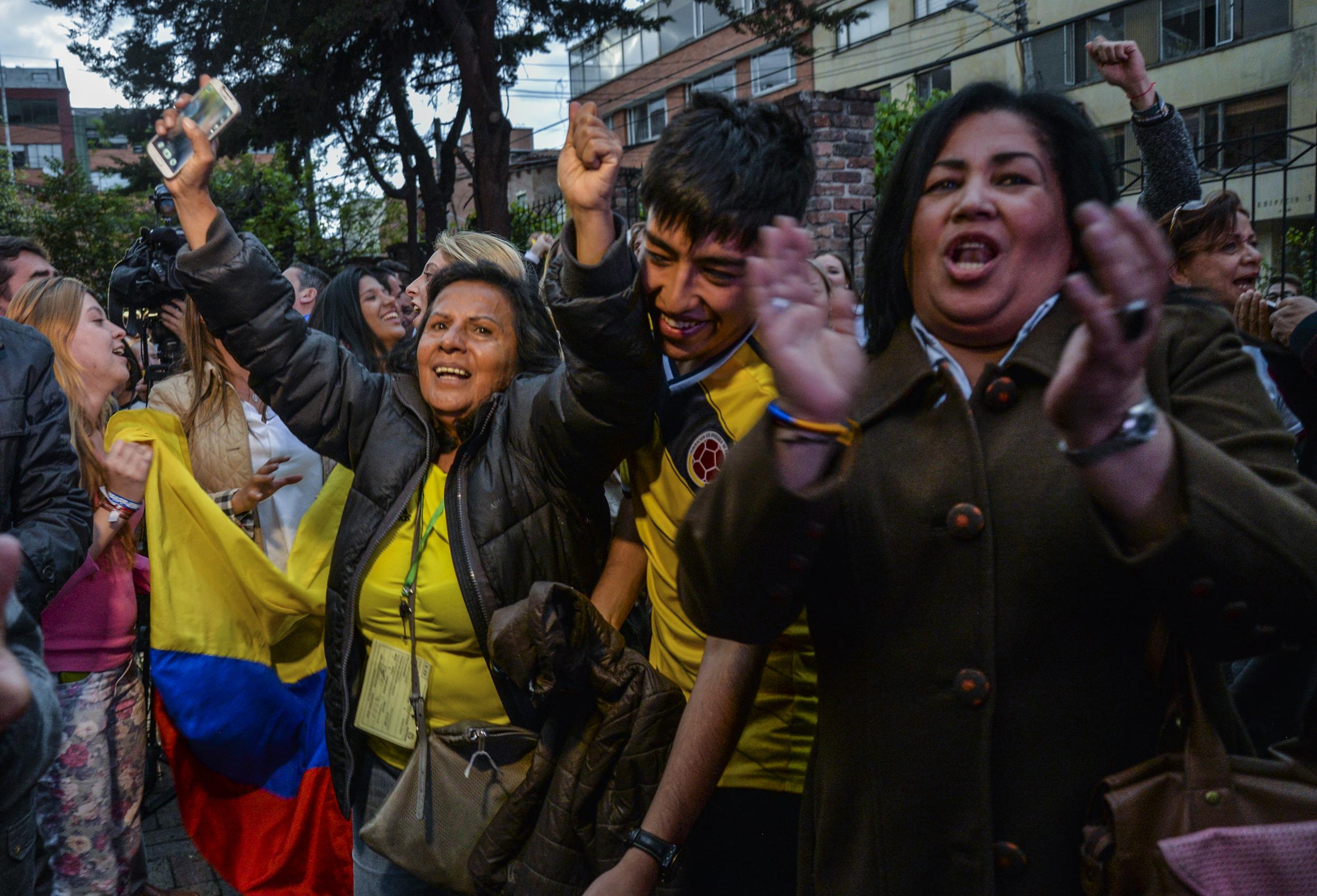 Még egy népszavazás volt ma: a kolumbiaiak nem békülnek a kommunista gerillákkal