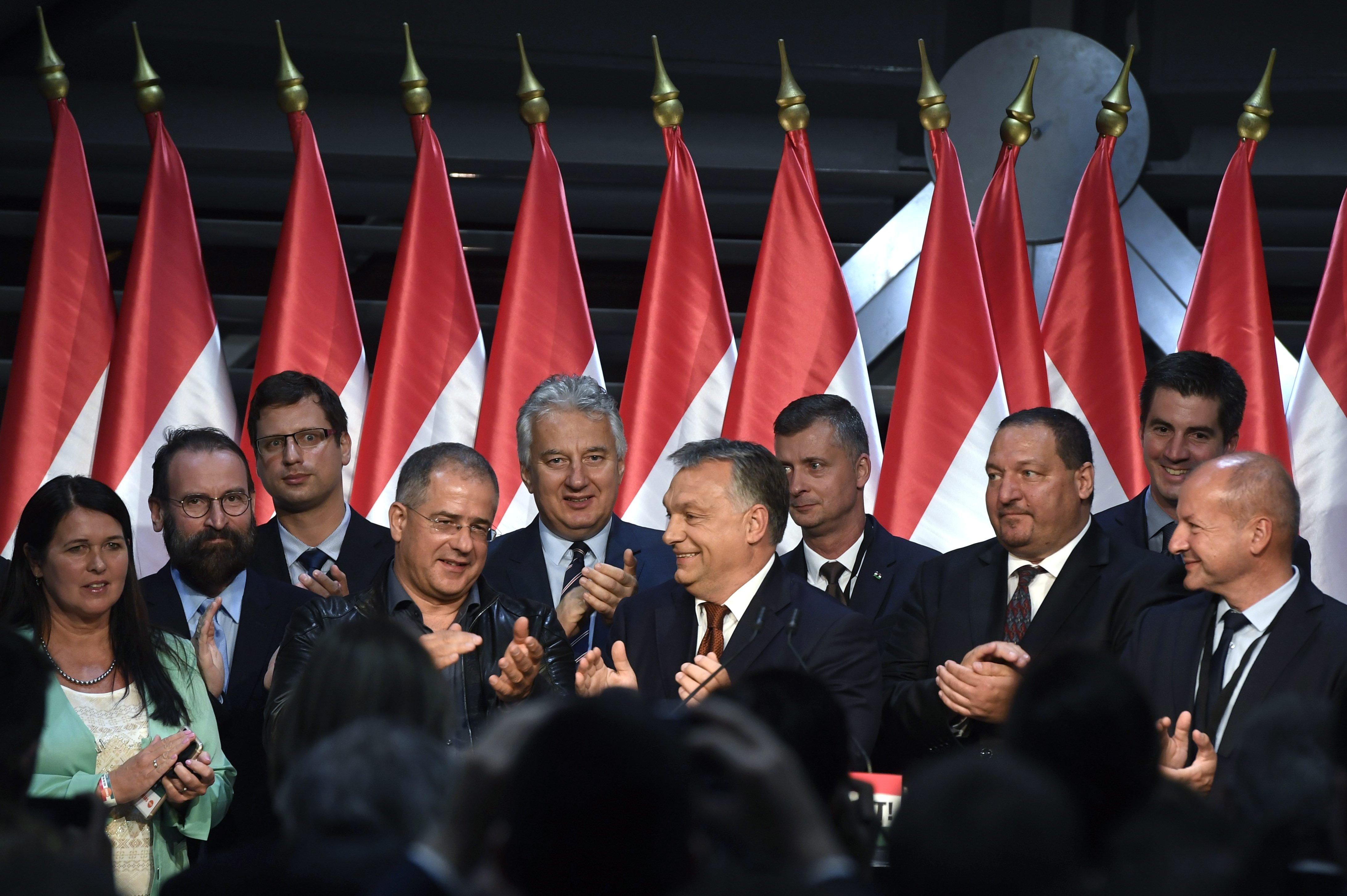Nyilvános a Fidesz jelöltlistája: tényleg Hollik indul Juhász Péter ellen, Mengyi Voldemortot ejtették
