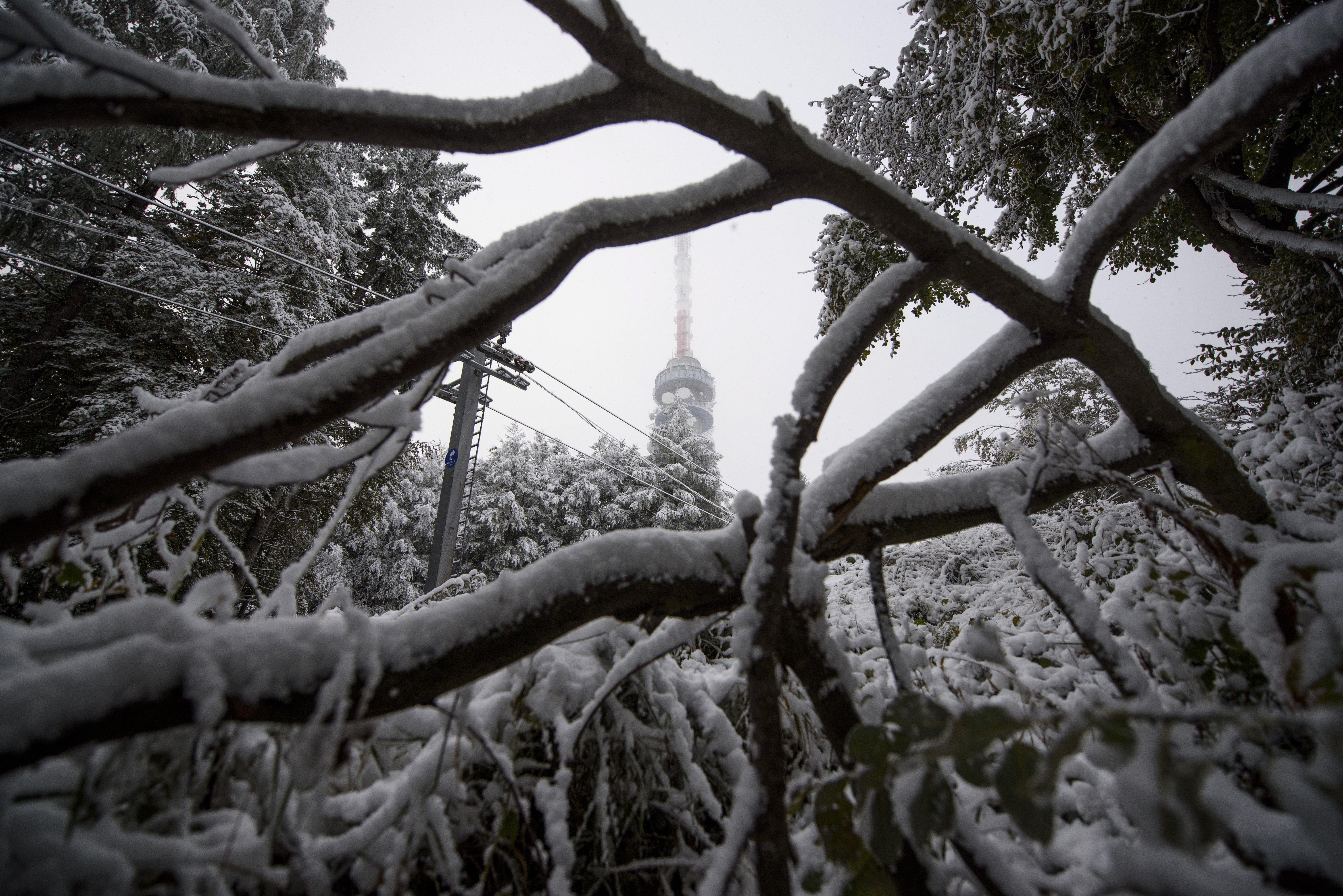 Hó is eshet a hegyekben az éjjel