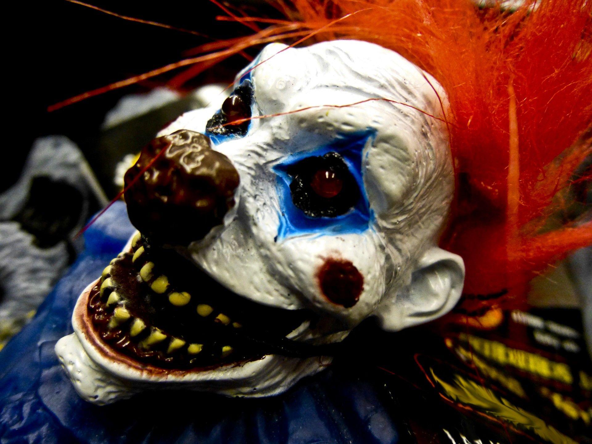 Már Stephen King nyugtatja a közvéleményt a bohóctámadások miatt