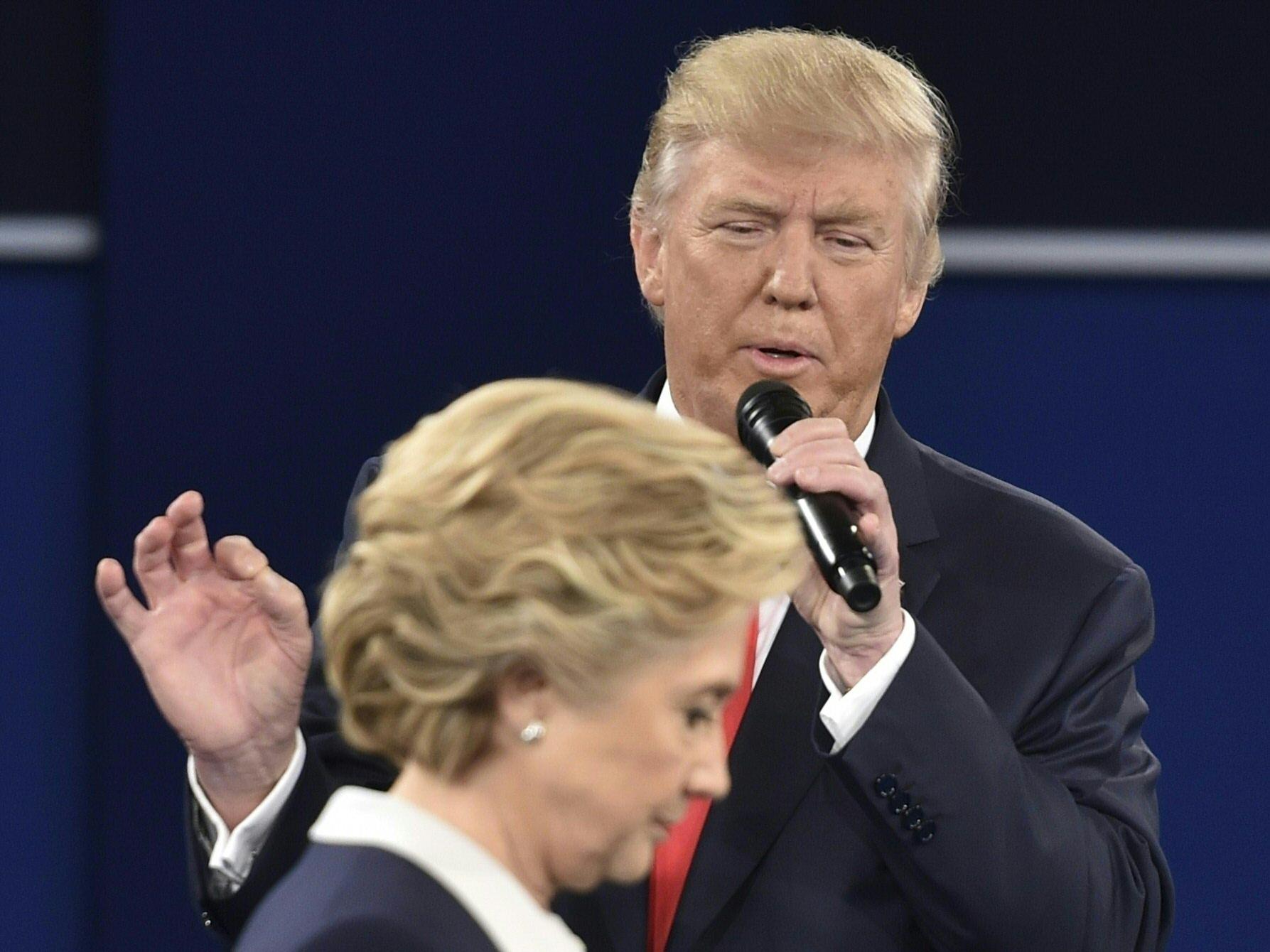 """Trump """"öltözői beszélgetésnek"""" minősítette, hogy nők szexuális zaklatásáról beszélt"""