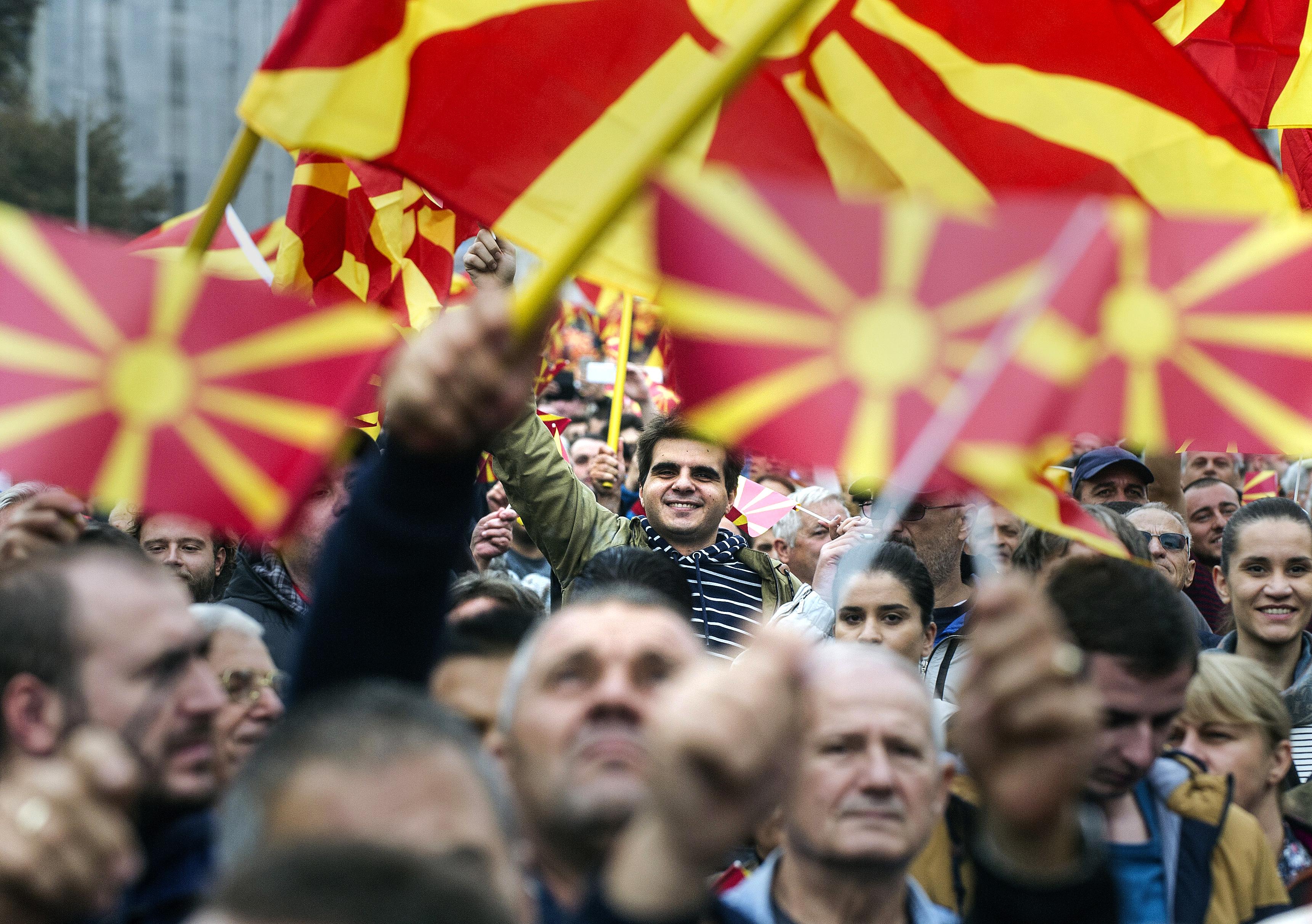 Bulgária az EU-tagsággal zsarolja a macedónokat, hogy ismerjék el, hogy valójában bolgárok