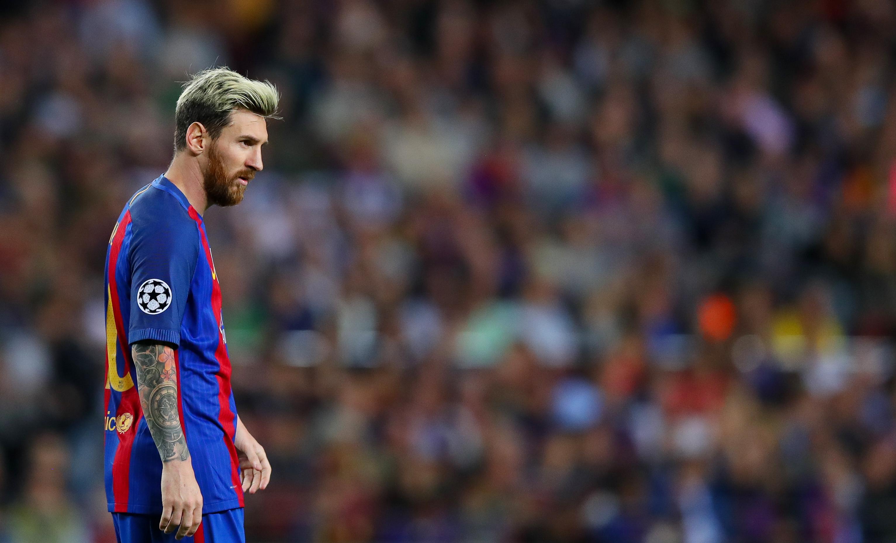 Messi a kurva anyjukba küldte el a valenciai ultrákat