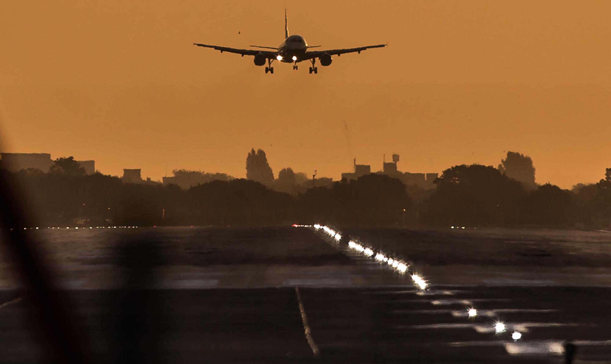 Elkaszálta a bíróság a londoni Heathrow reptér bővítését