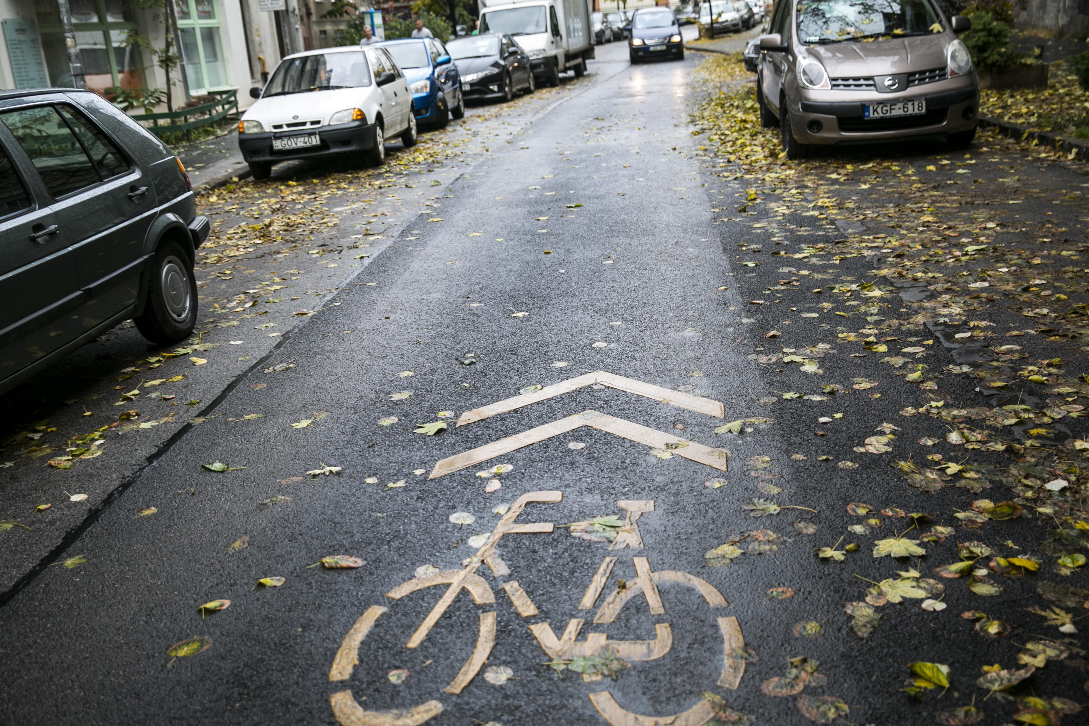 50 vidéki településen javasolja új kerékpársávok felfestését a Magyar Kerékpárosklub