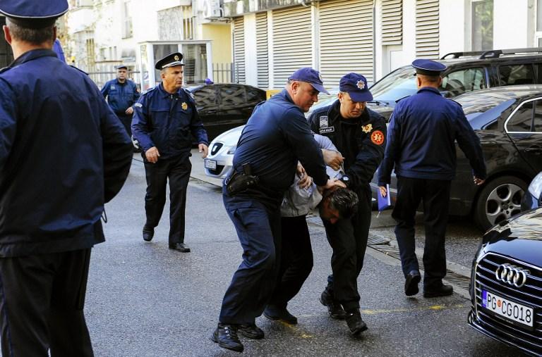 Belgrádban konspiráló GRU-tisztekről közöltek fotókat