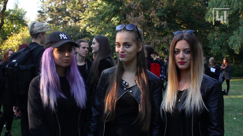 Feketét hordok, mert az egyéniségem már így is elég színes