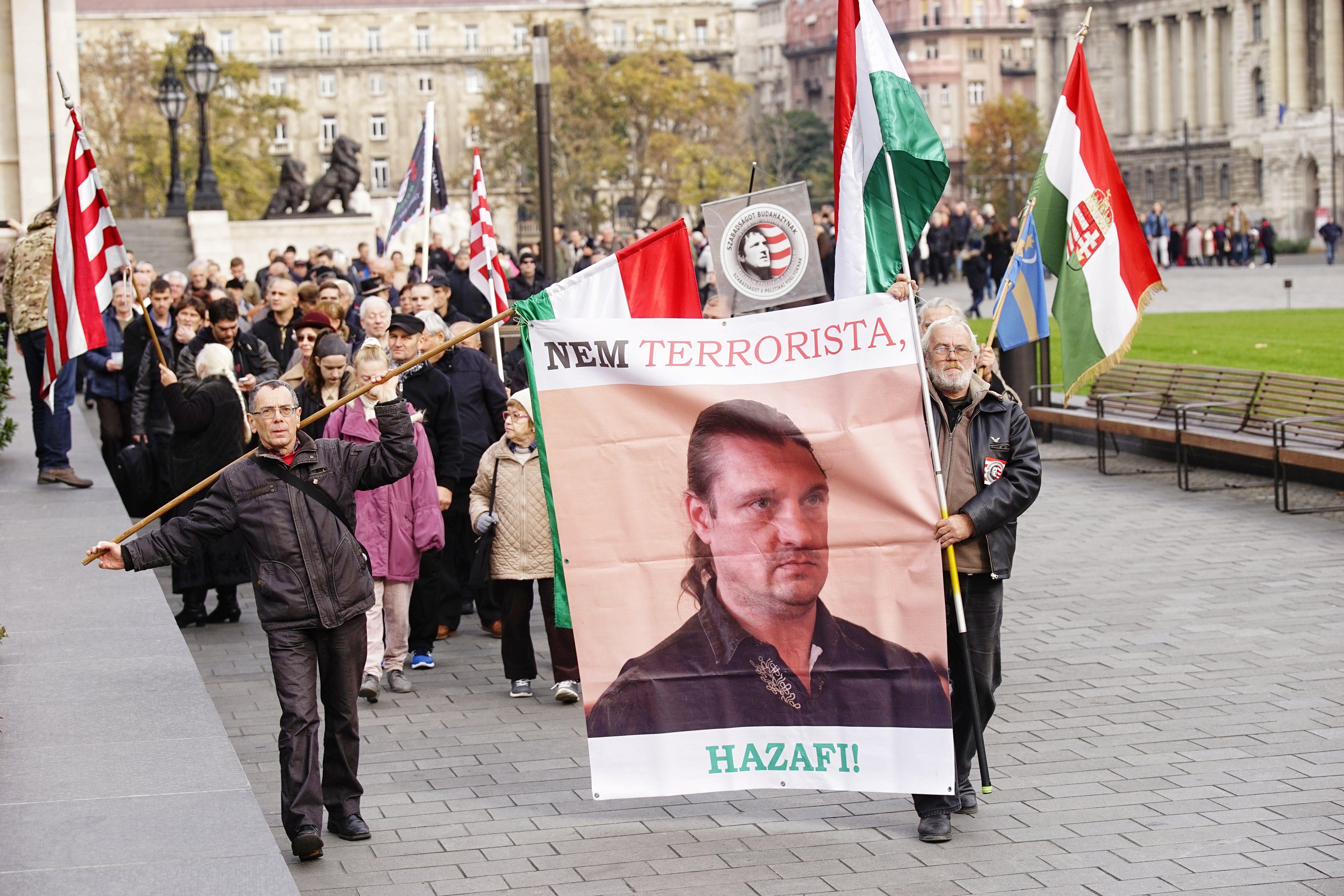 Budaházy és társai szabadságáért vonultak a Kossuth téren