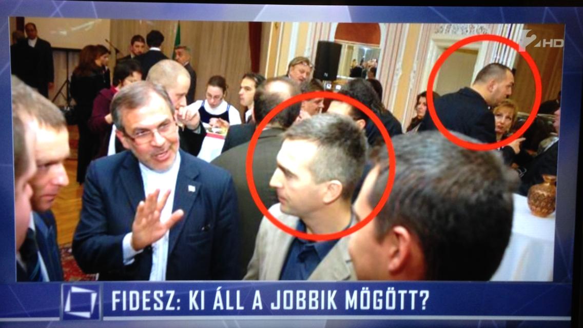 Egymást üti a Fidesz és a Jobbik, hogy kinek van több köze a rendőrgyilkossághoz és a nemzetközi bűnözéshez