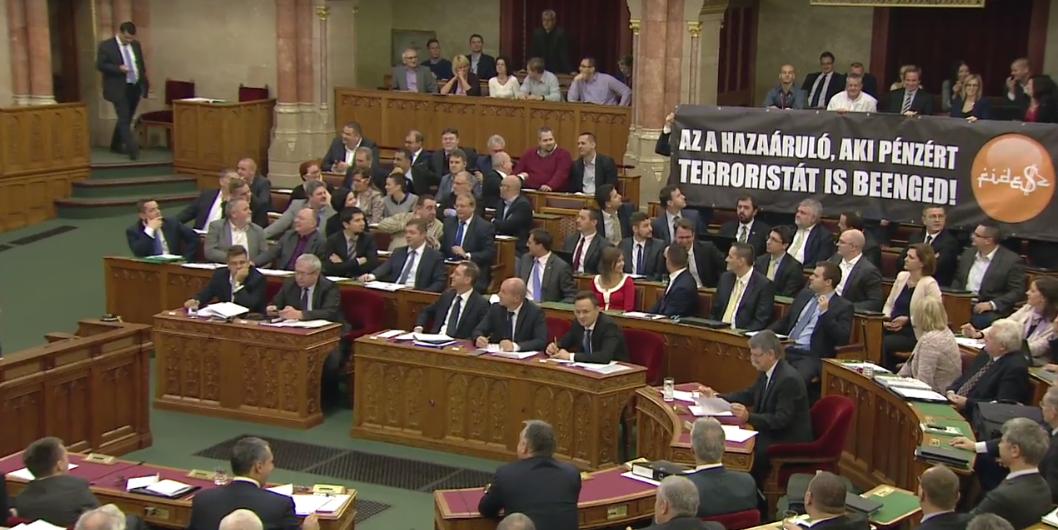 Megbukott Orbán alkotmánymódosítása