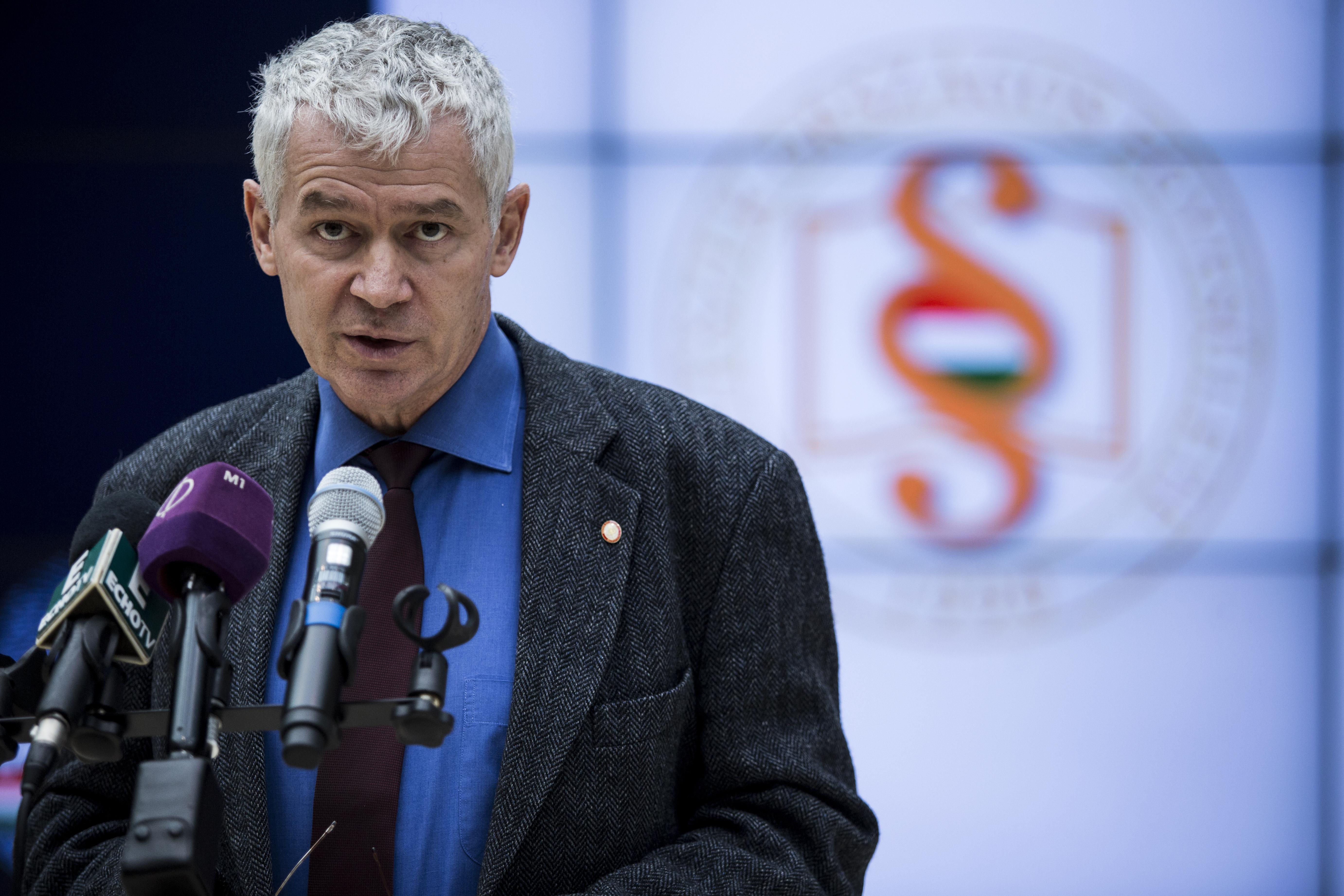 Polt Péter nem megy el az EP-be megvitatni az OLAF által is vizsgált ügyeket