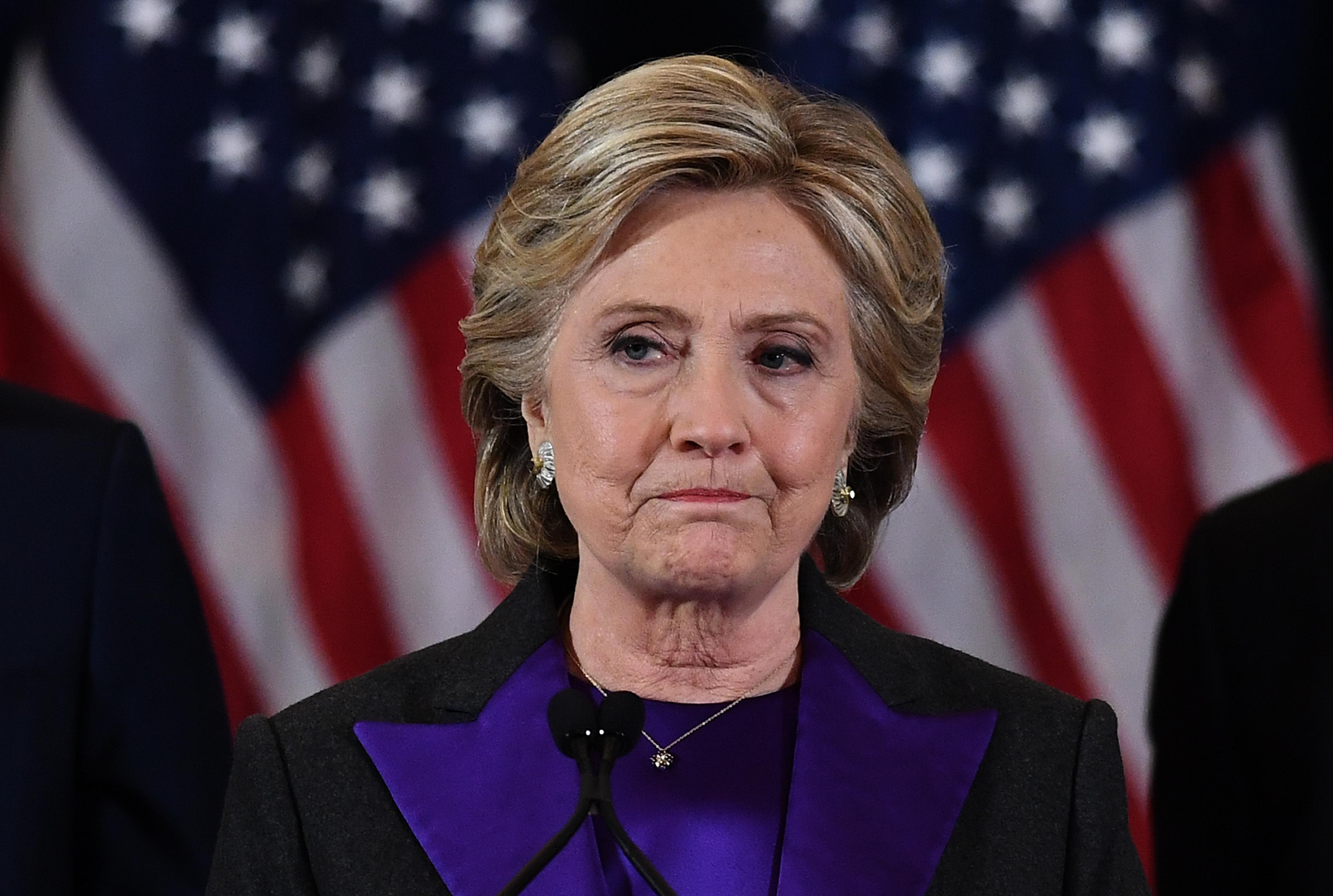 Hillary Clinton szerint Európának szigorúbban kellene kezelnie a migrációt