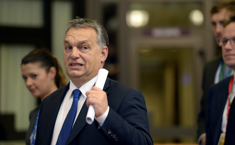 Orbán szerint az internet ugyanolyan fontos, mint a tej meg a kenyér