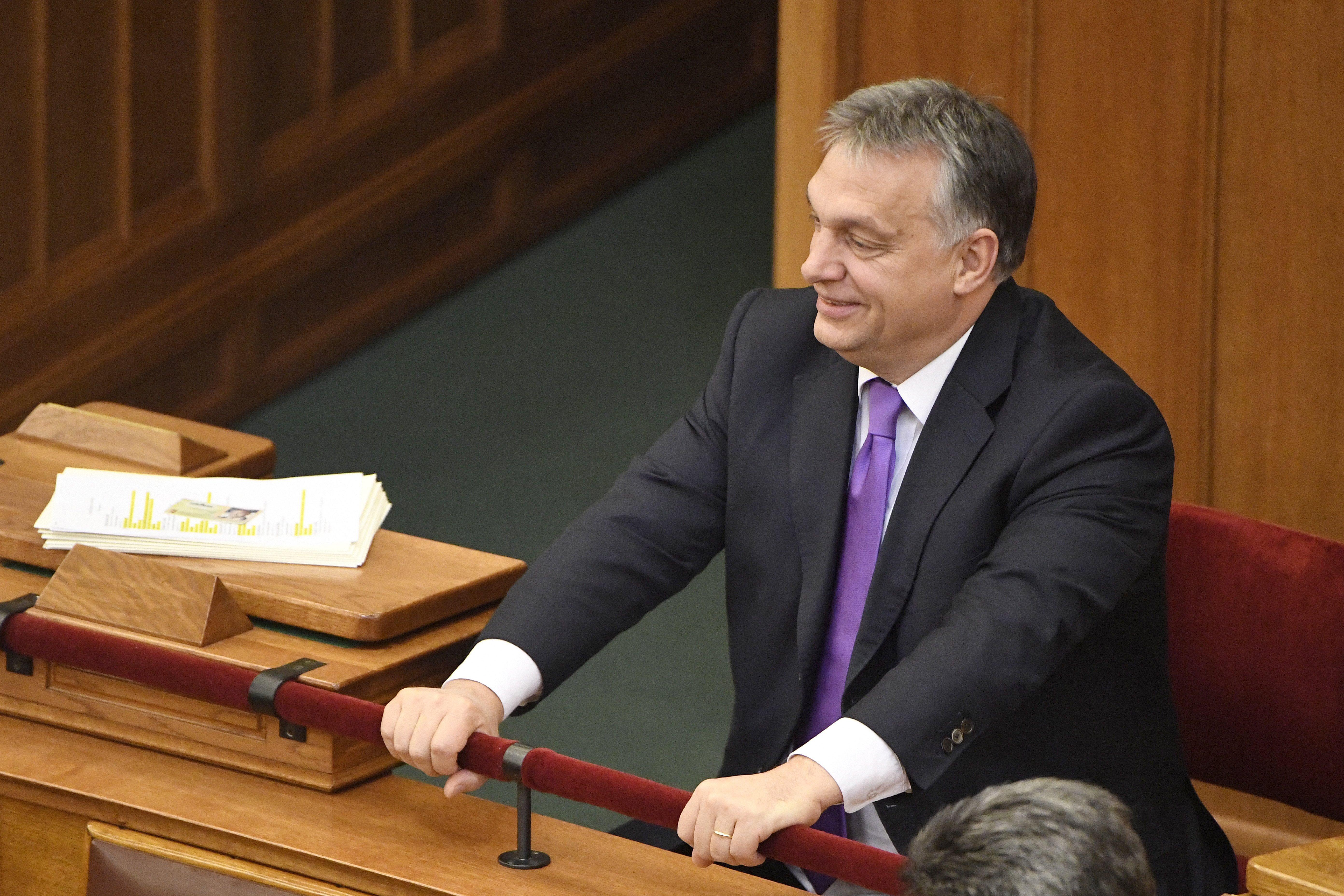 Orbán: A magyarok pesszimisták, a kormány derűs