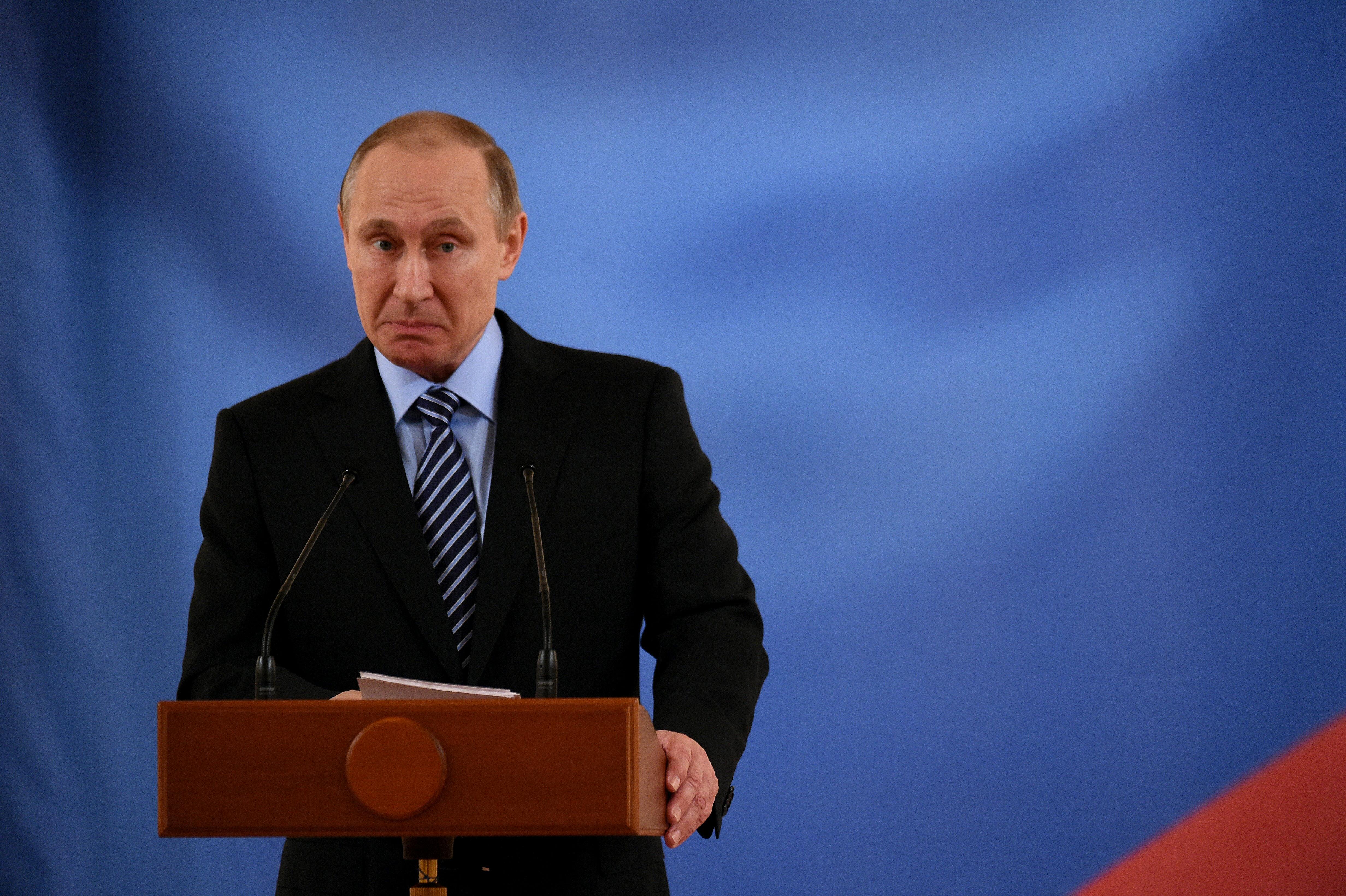 Putyinnak személyesen is köze lehetett a Clintonék elleni orosz hekkertámadáshoz