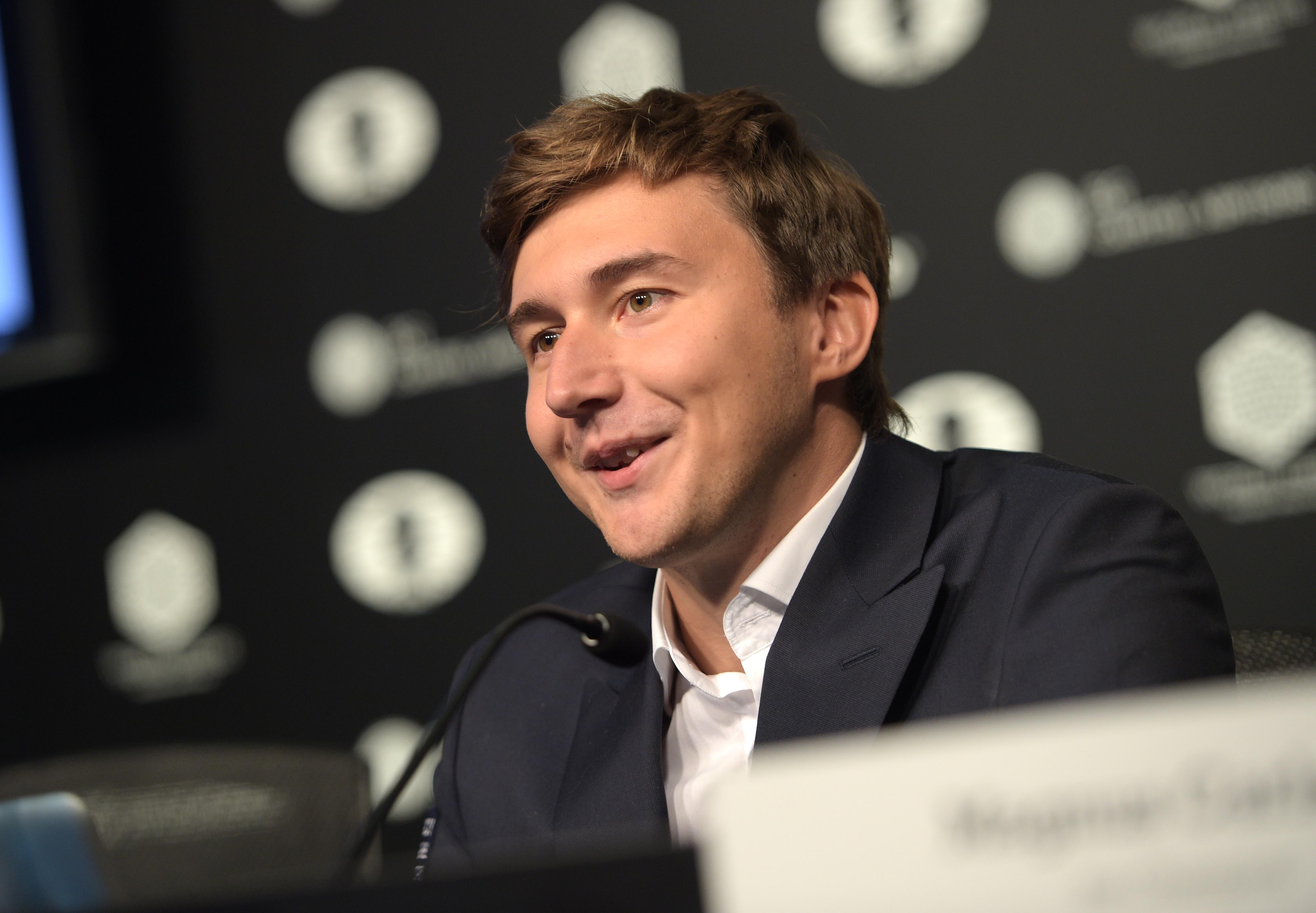 Hét döntetlen után megszerezte a vezetést Karjakin a sakkvilágbajnokság döntőjében