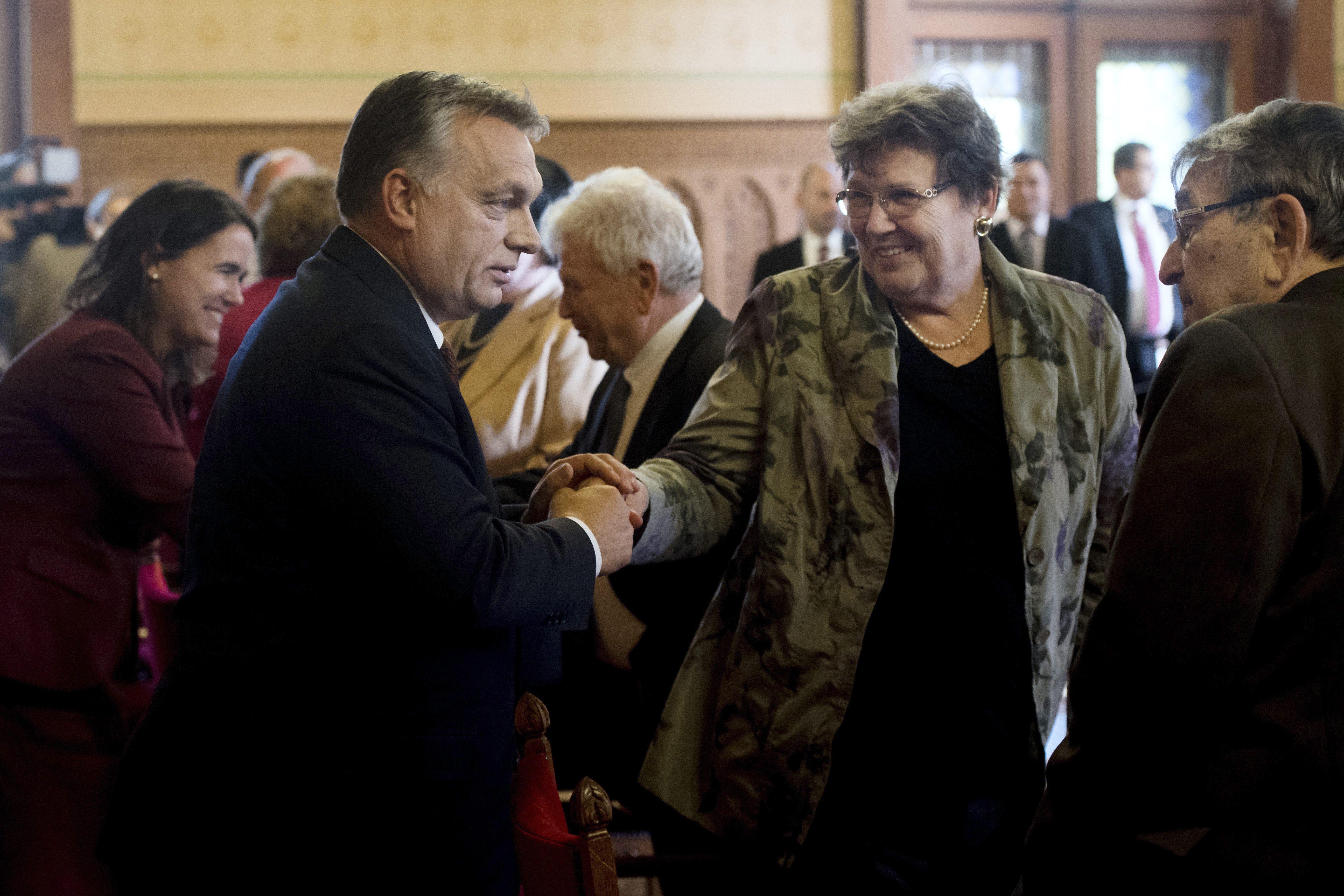 Kovács Zoltán: Semmilyen fennakadást nem okoz az Erzsébet-utalványok kézbesítése