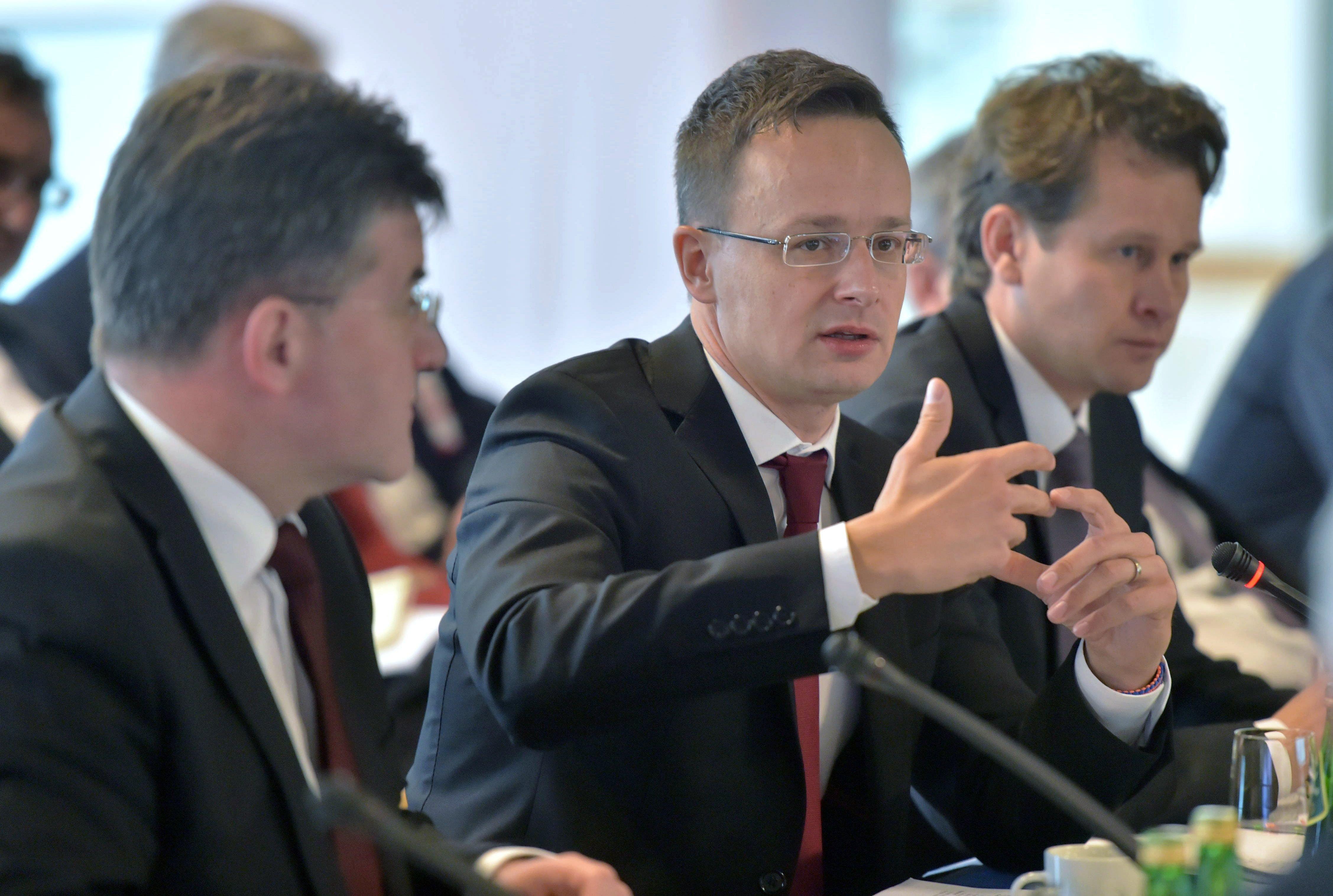 Nagyköveti posztot kap Orbán volt kabinetfőnöke és a kormány CEU-ügyi főtárgyalója