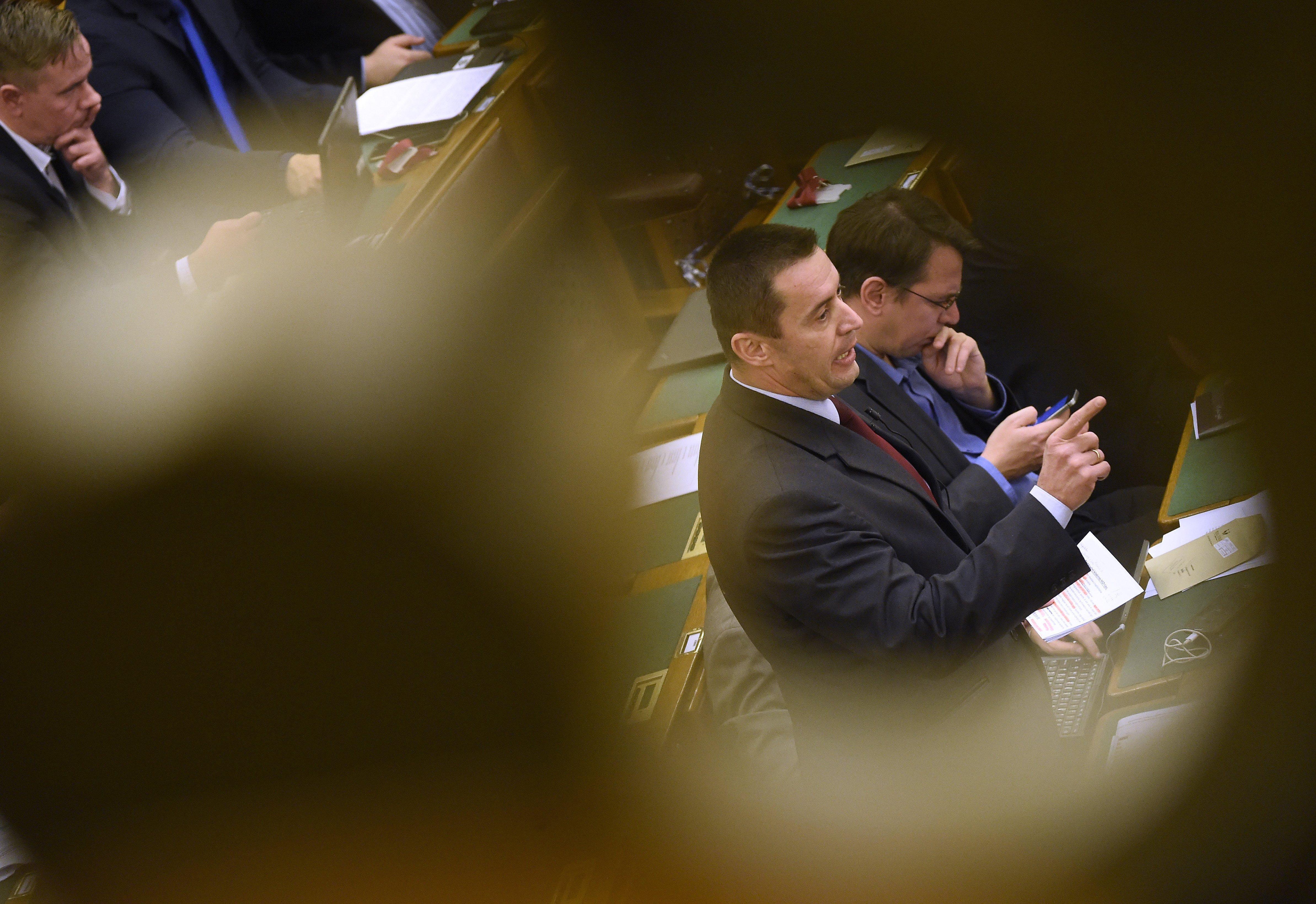 A Jobbik megszűnése is napirenden lesz a párt rendkívüli kongresszusán