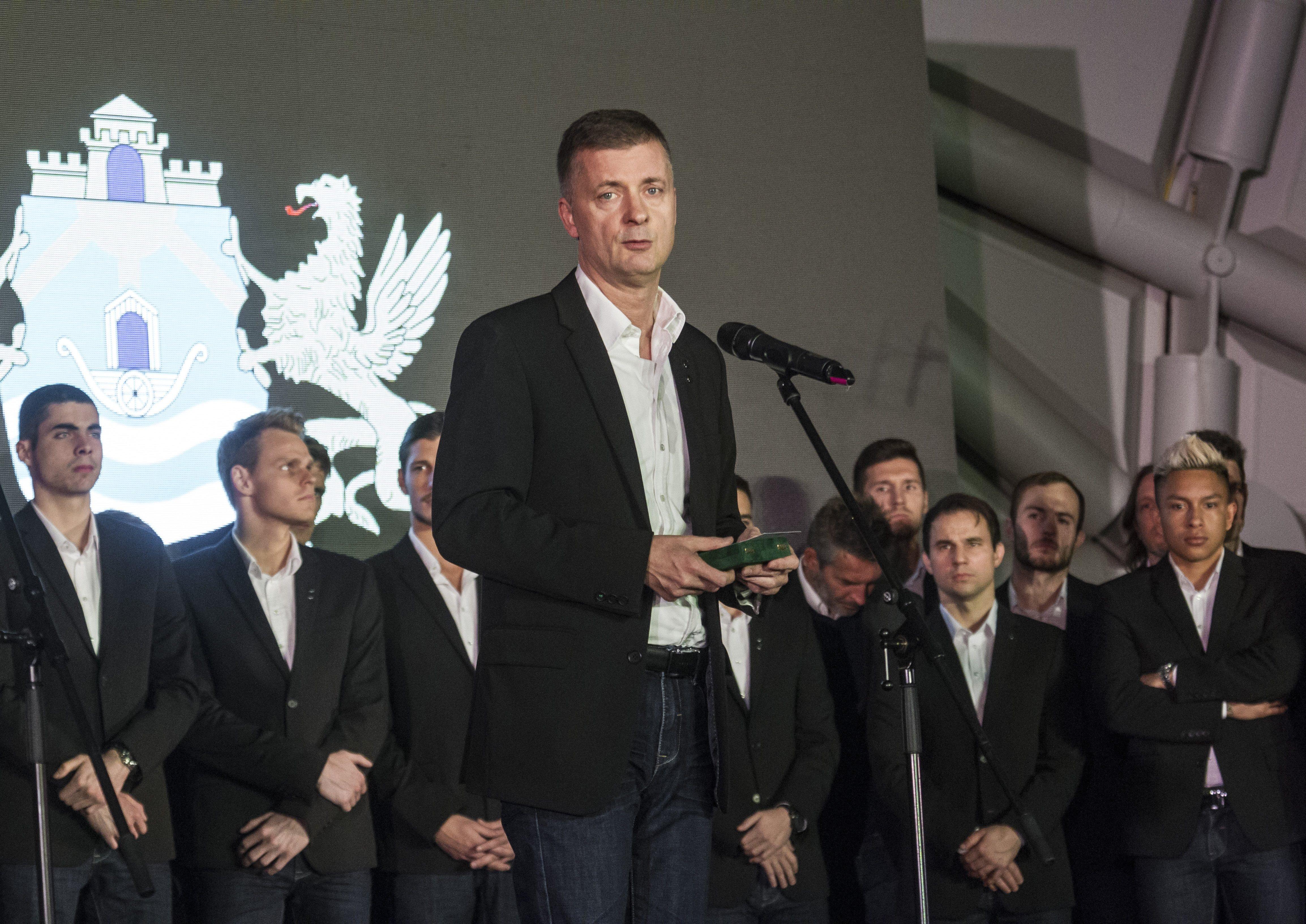 Kubatov: amíg én vagyok, marad a szkenner is