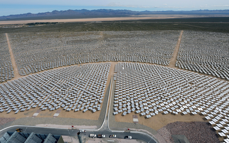 A vártnál gyorsabb ütemben olcsóbbodik a napenergia