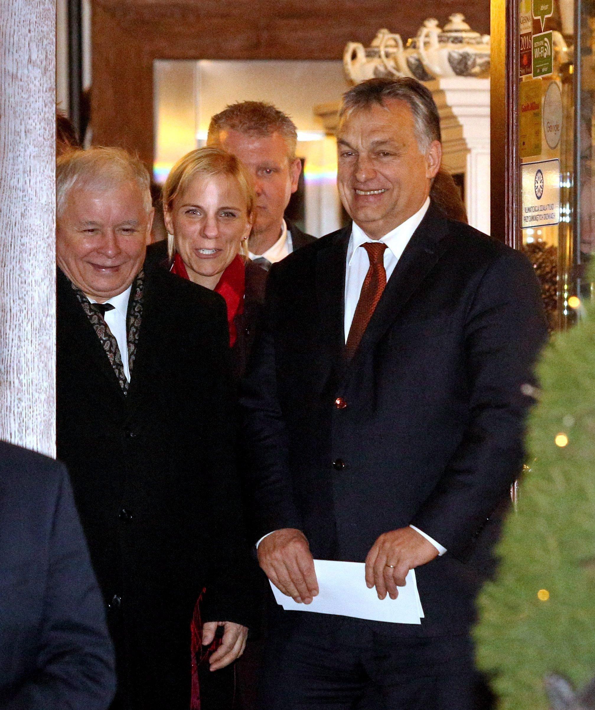 Egy krakkói étteremben mélyült tovább Kaczynski és Orbán Európa jövőjéről