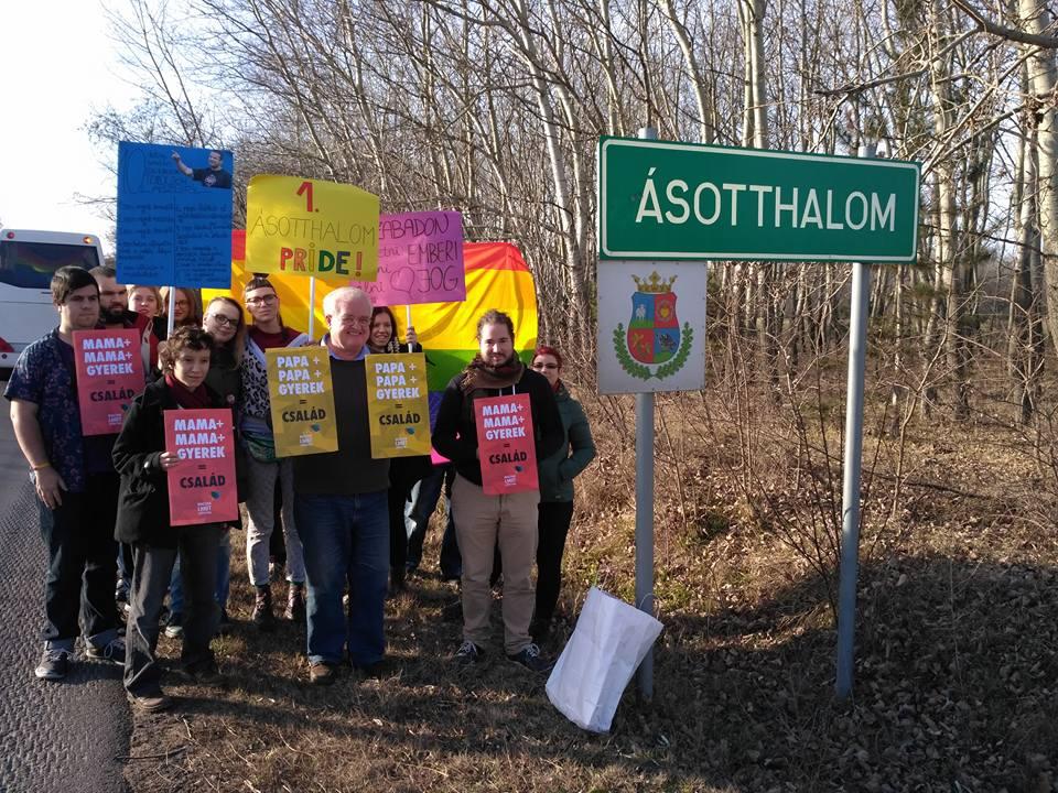 Ásotthalmon tiltakozik az LMBT Szövetség Toroczkai mindent betiltó rendelete ellen