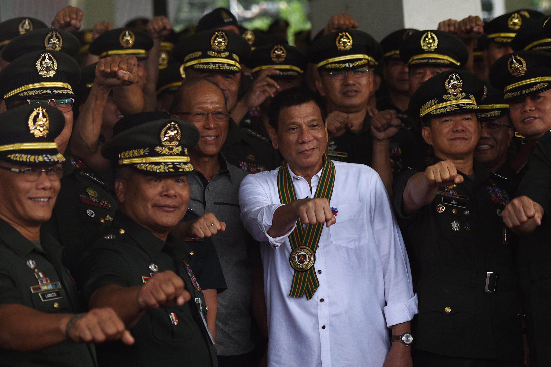 A Nemzetközi Büntetőbíróság főügyésze teljes vizsgálatot kér Duterte drogháborúja miatt