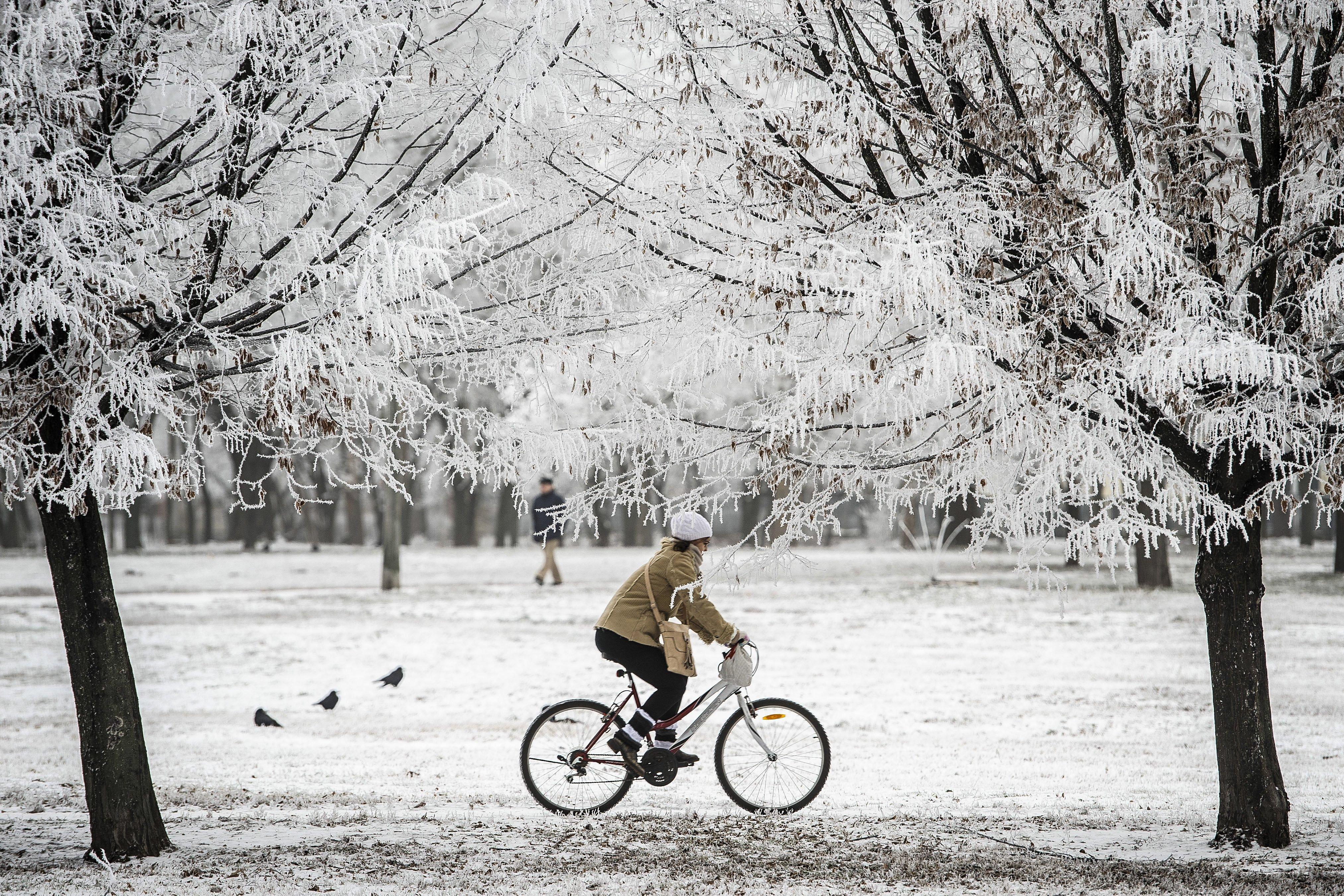 Debrecenben már esik a hó