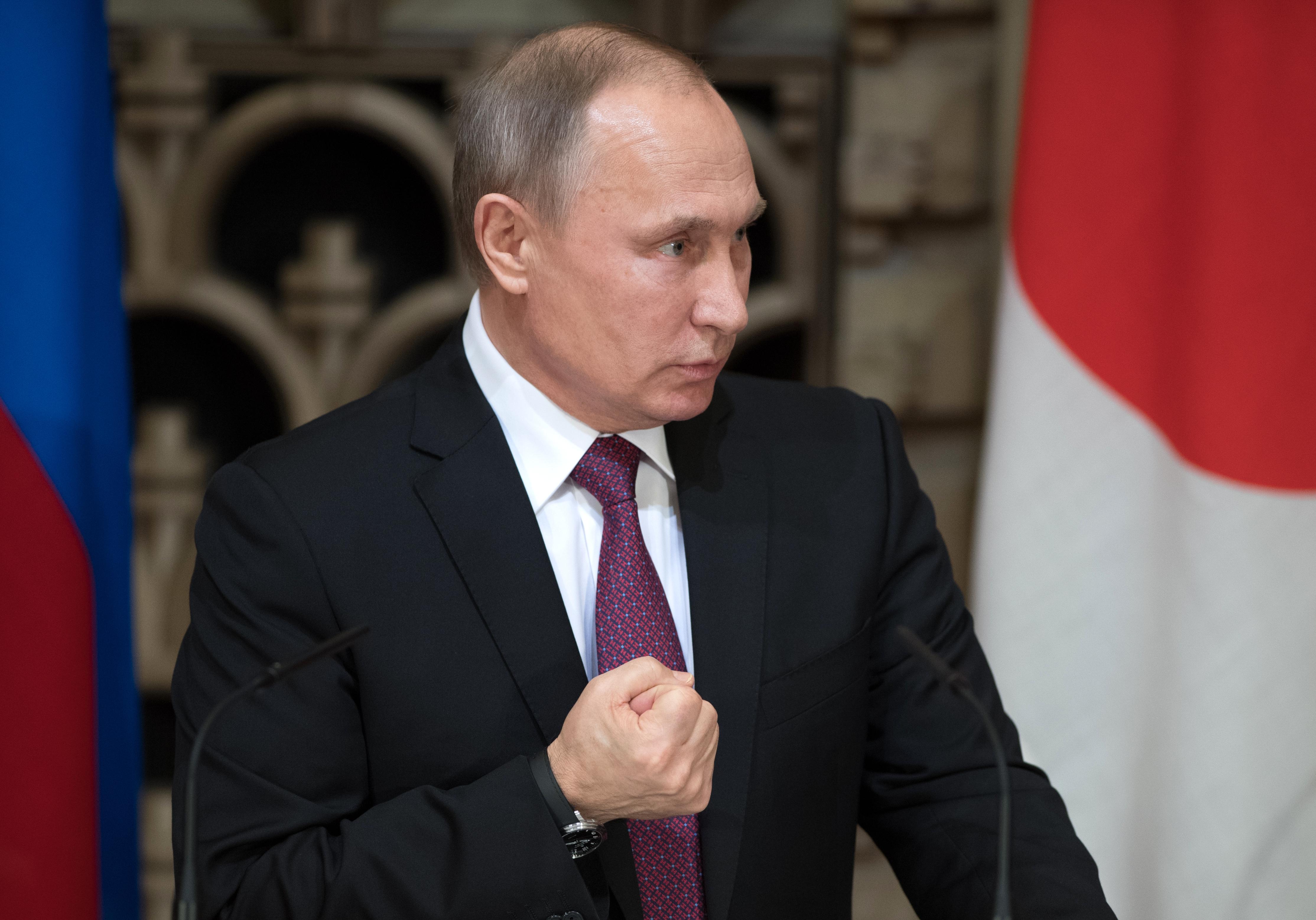 Putyin aláírta a családon belüli erőszak dekriminalizálását