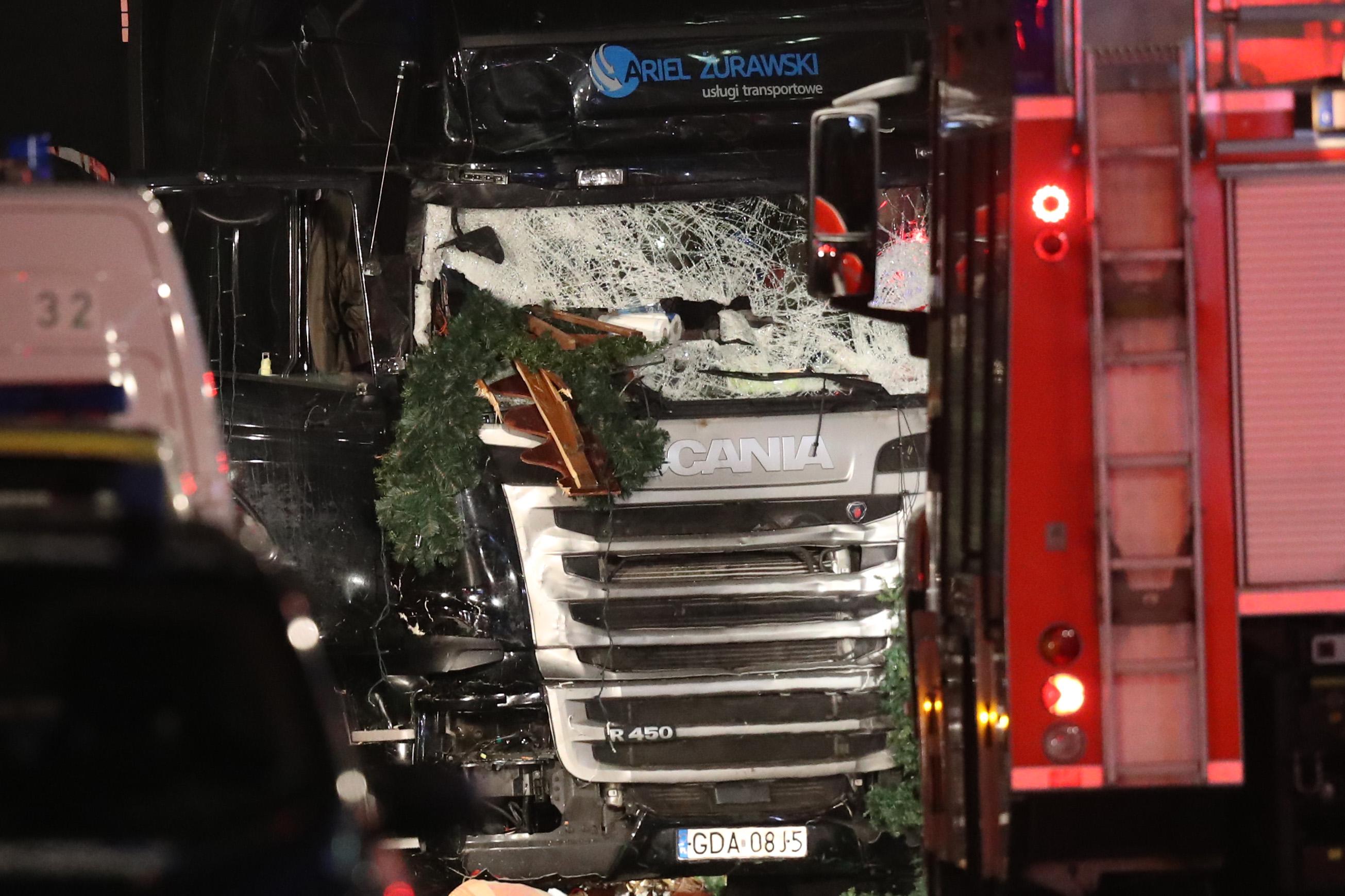 Az Iszlám Állam utasította a berlini merénylőt