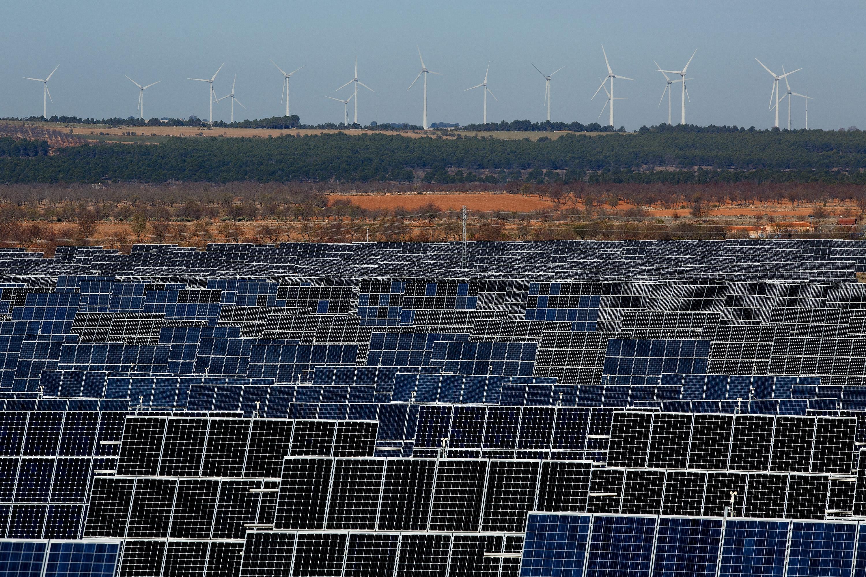 A napenergetikai szereplők szerint a kormány egyetlen rendelettel ellehetetlenítette a kiserőművek létesítését