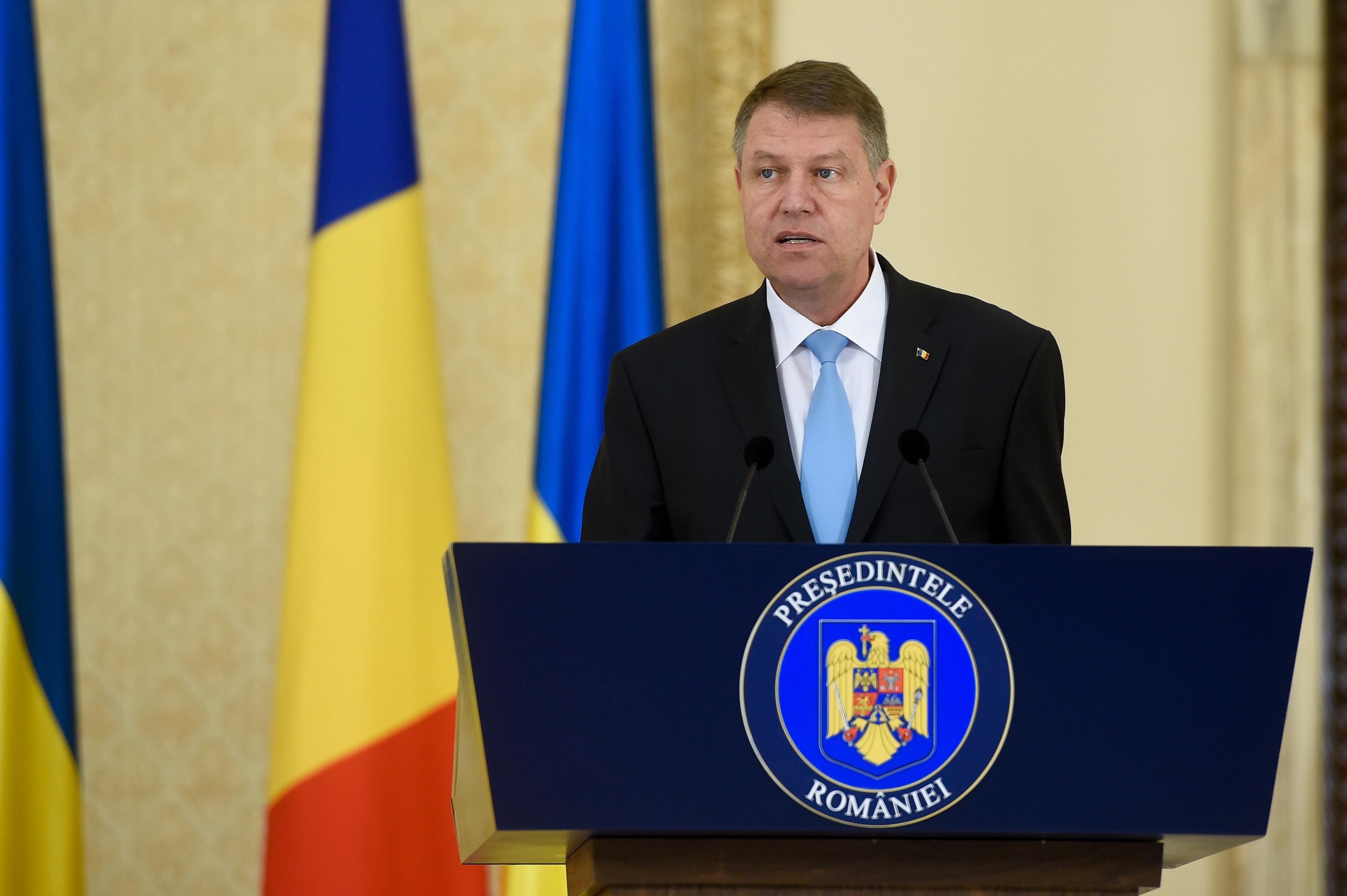 A román igazságügyi miniszter a legfőbb ügyész leváltását kéri az államfőtől