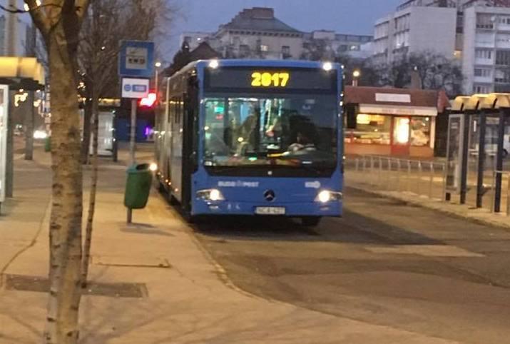 Csepelen már fel lehet szállni a 2017 felé tartó buszra
