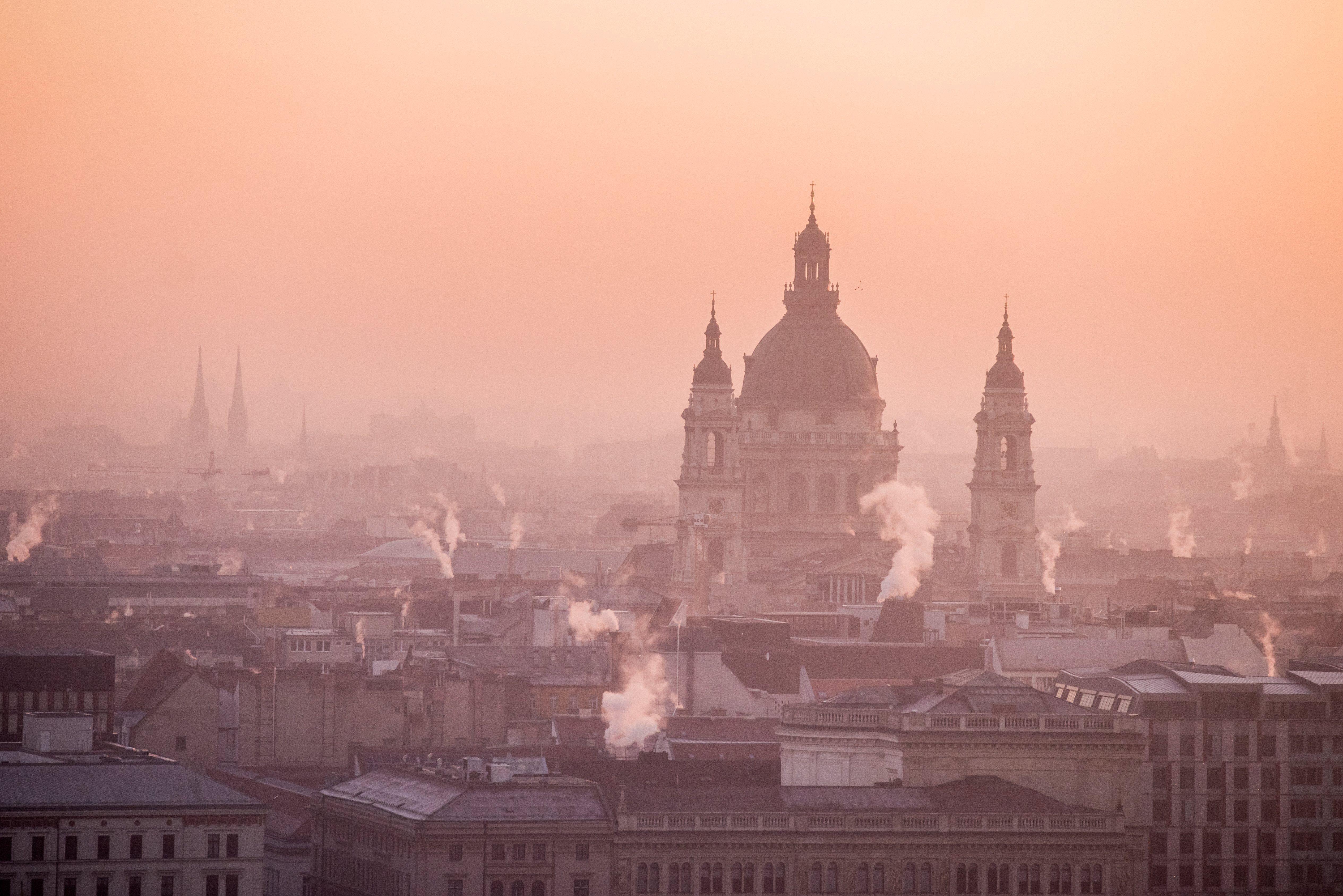 Csak tavaly 7300 ingatlant vettek Magyarországon külföldiek