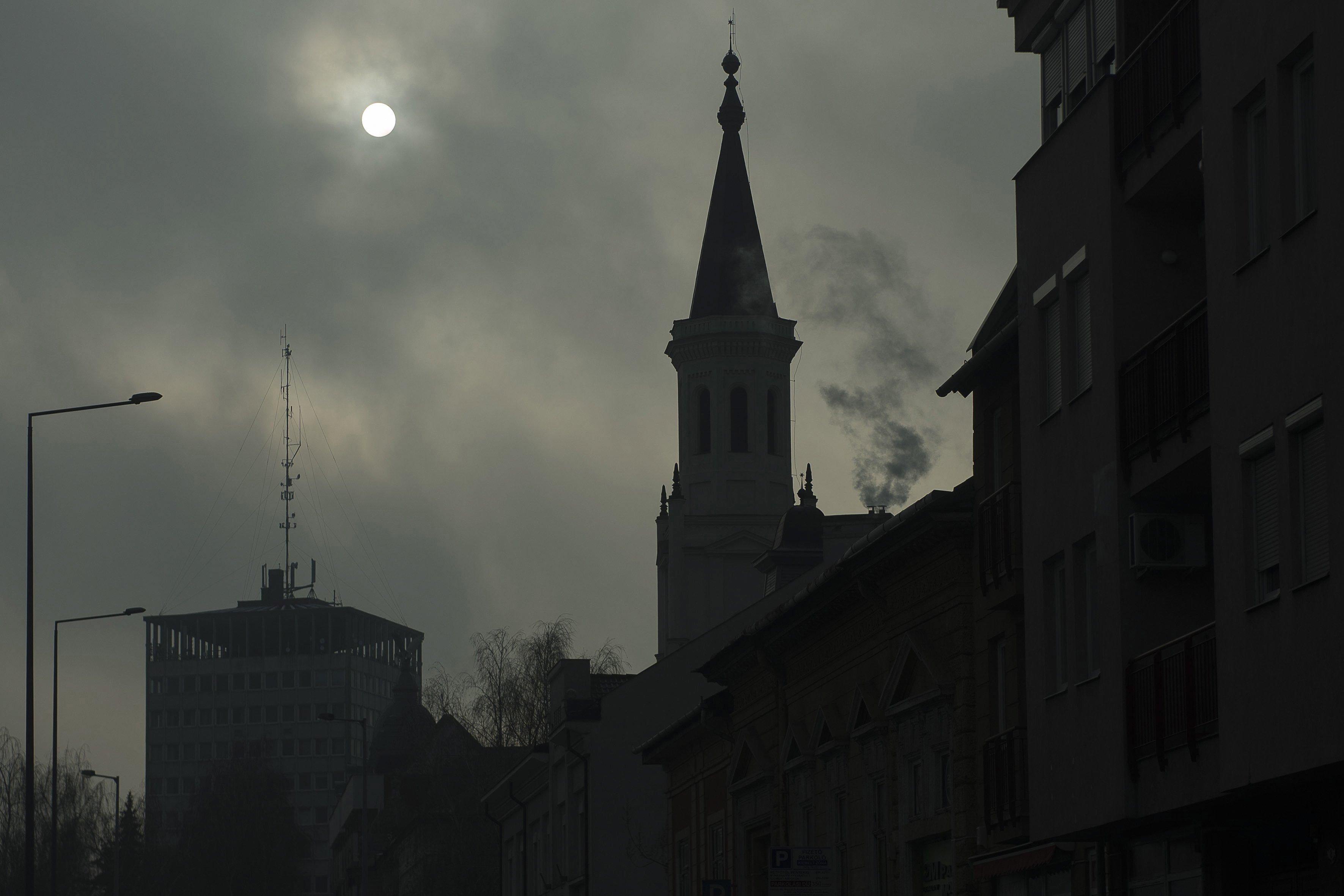 Több helyen rossz a levegő a szálló por miatt