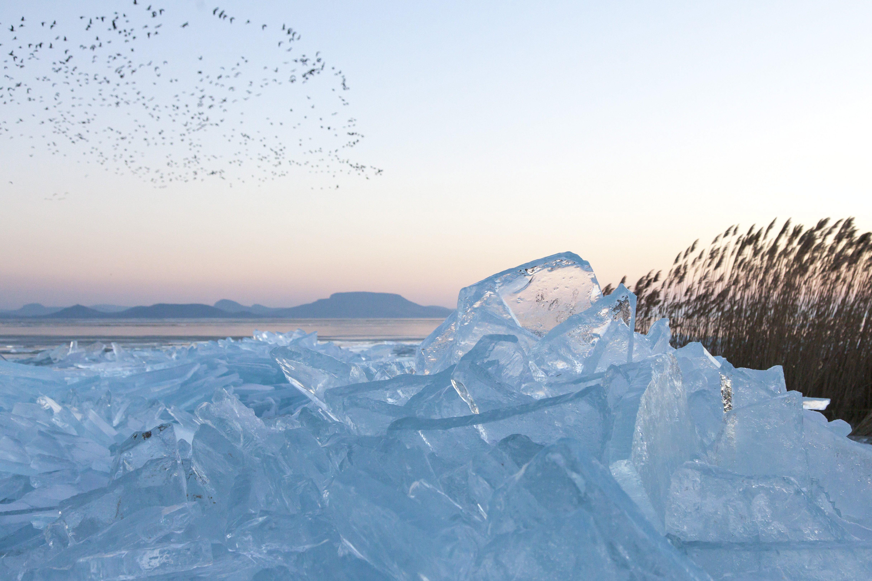 Keszthelyen és Siófokon hivatalos pályán lehet a Balaton jegén korcsolyázni