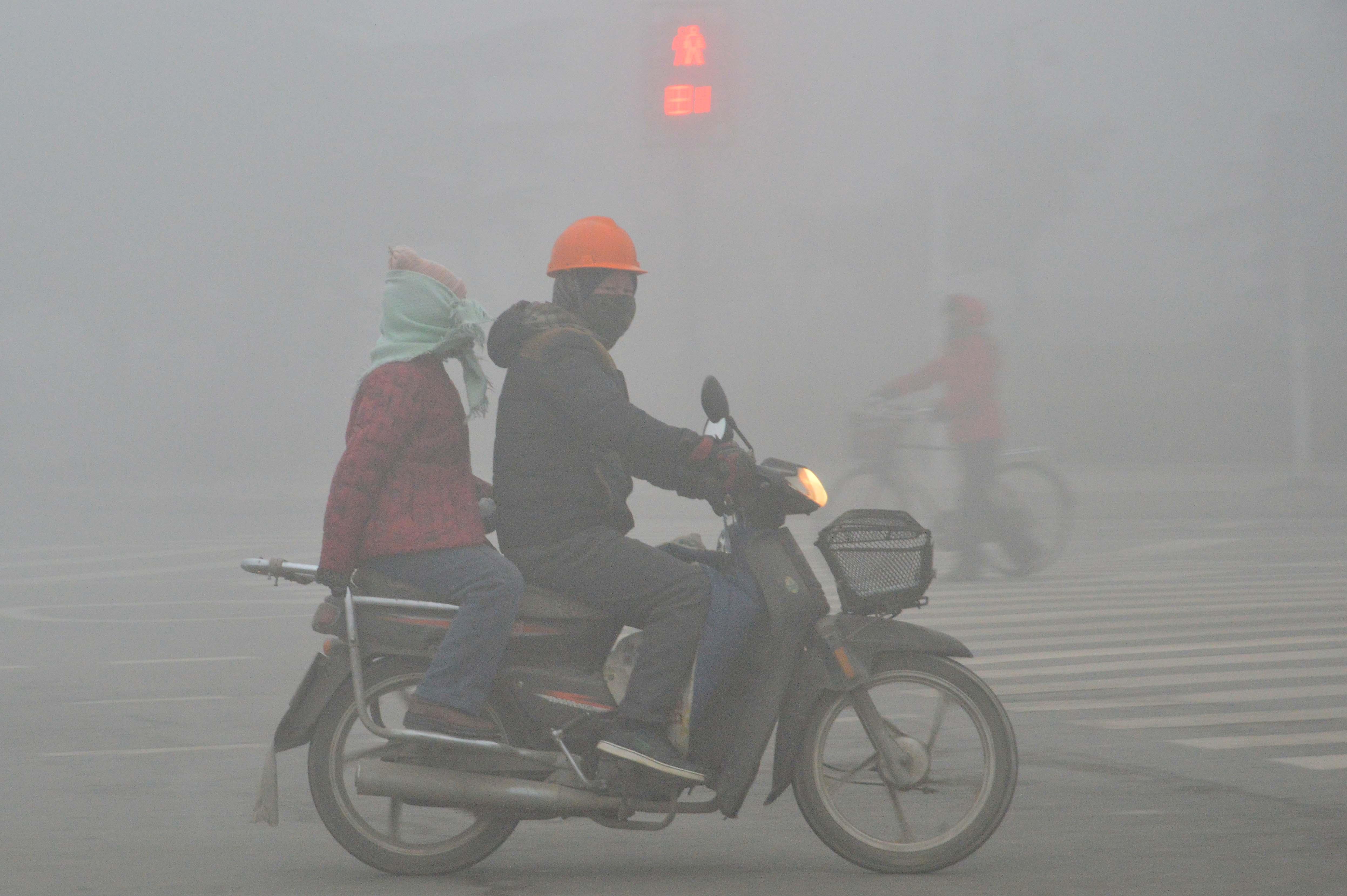 Kitiltják Hanoiból a motorokat