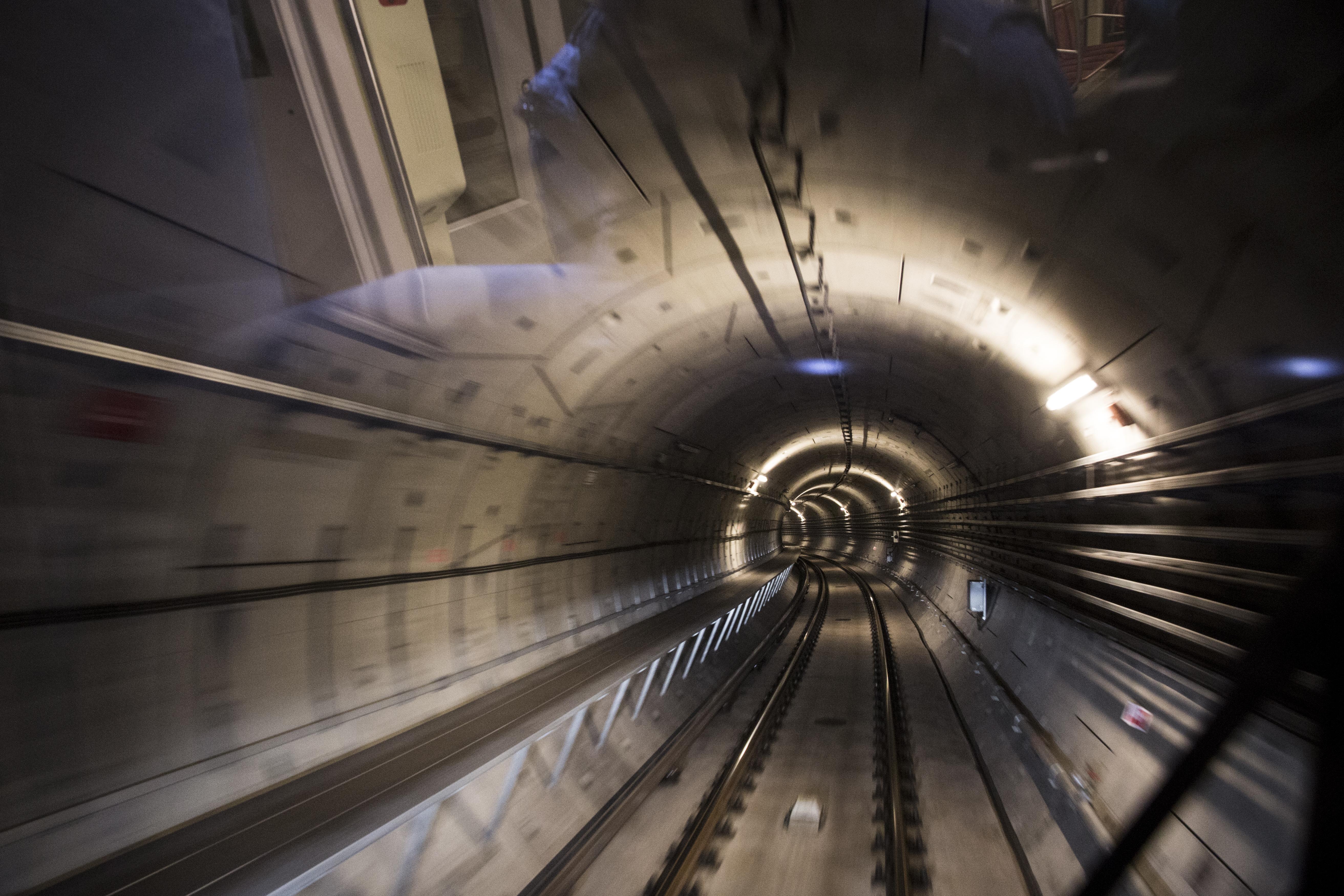 Nincs közszereplő gyanúsítottja a 4-es metró korrupciós ügyének