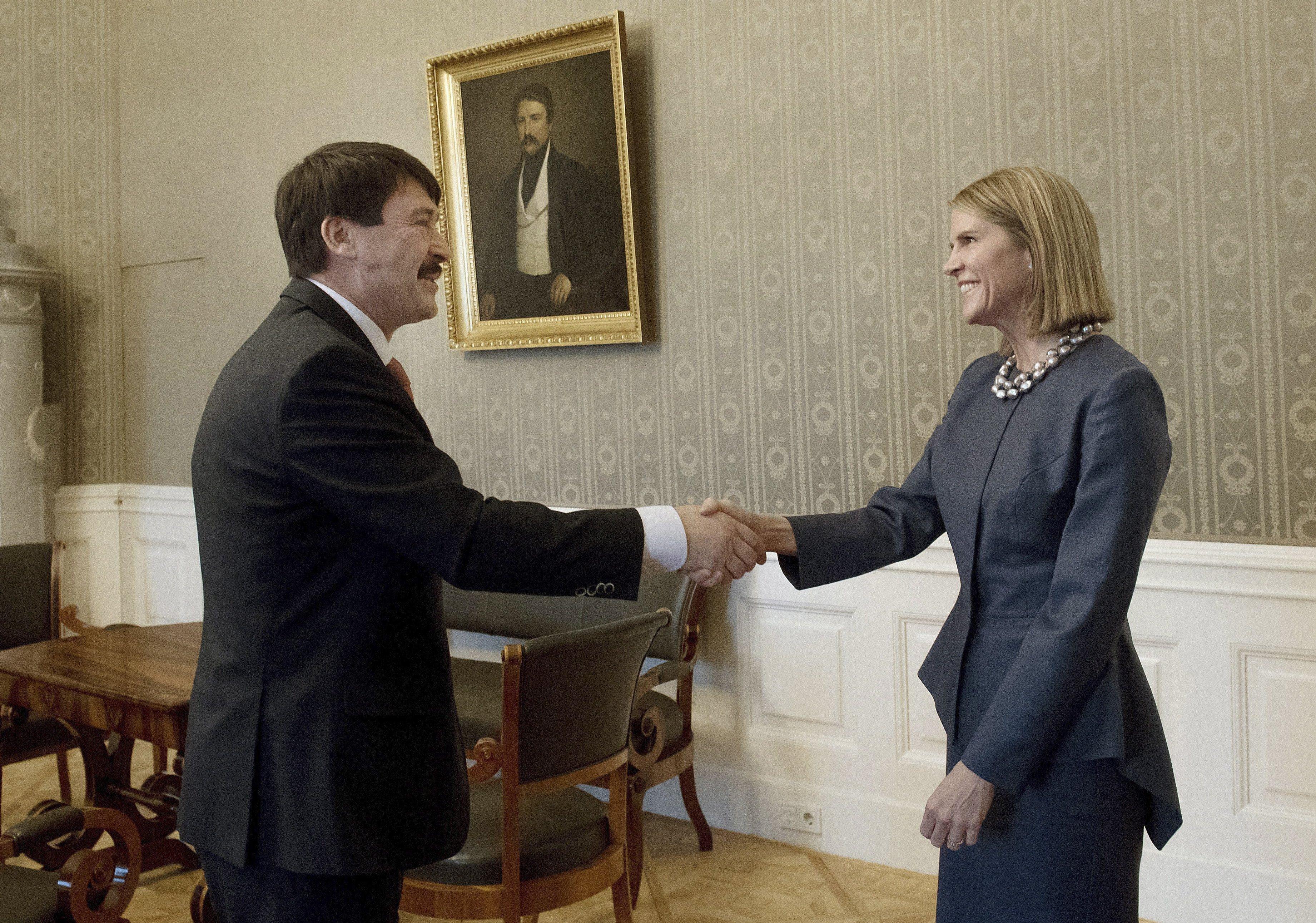 Áder János elbúcsúzott az amerikai nagykövettől