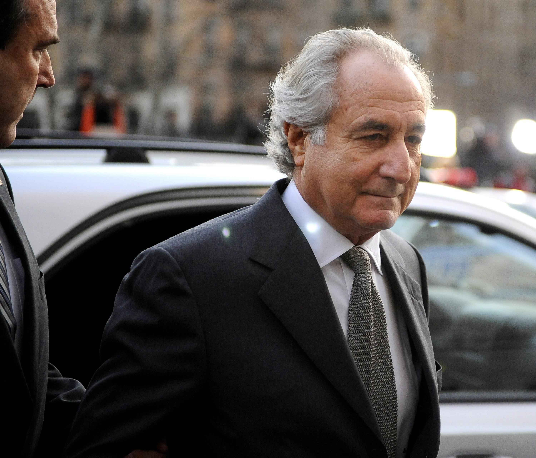 Meghalt Bernie Madoff, a világ legnagyobb piramisjátékosa