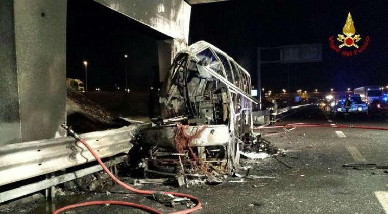 Nem ment el a veronai buszbaleset sofőrje az olasz bíróság tárgyalására