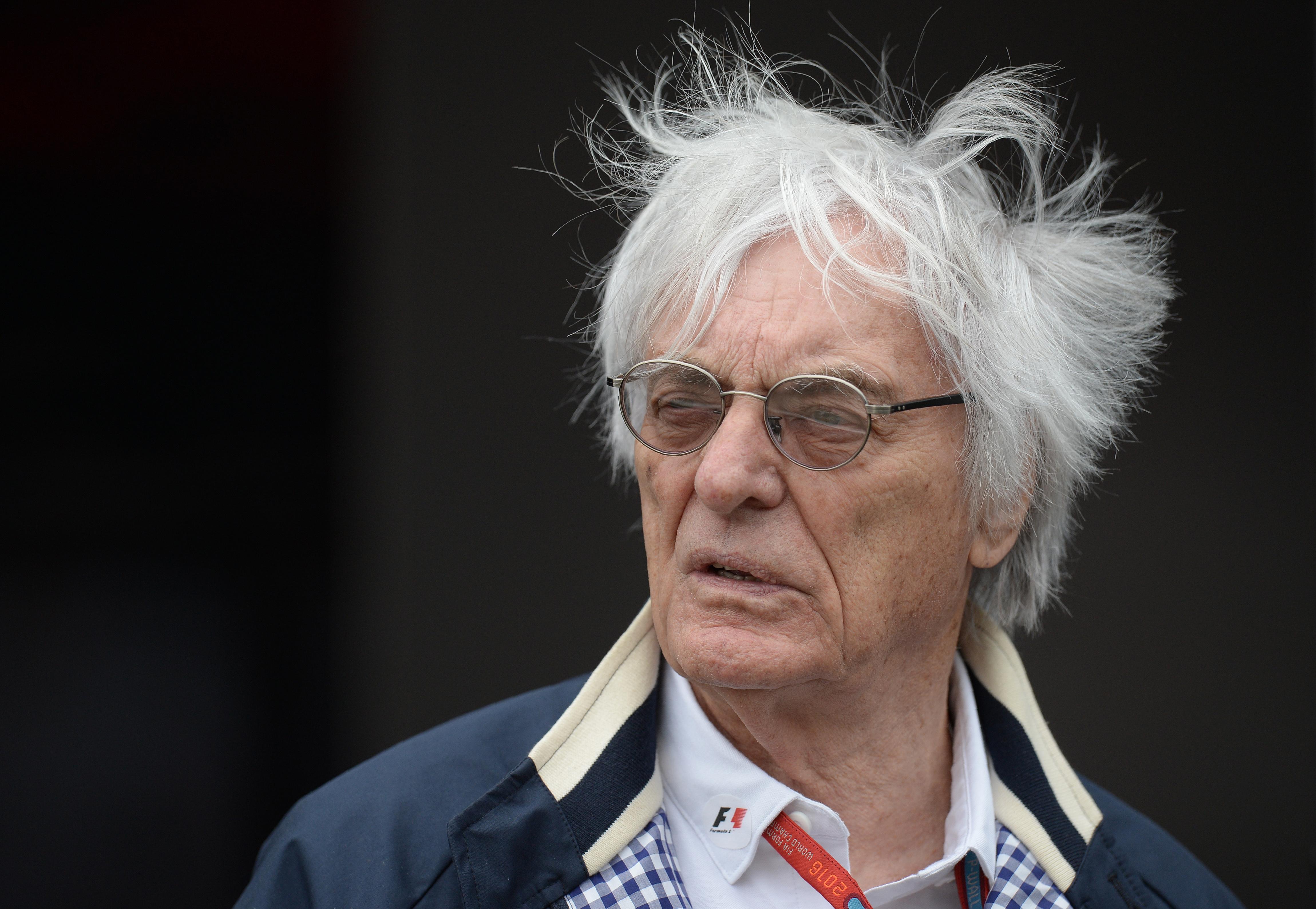 Bernie Ecclestone távozhat a Forma-1 éléről