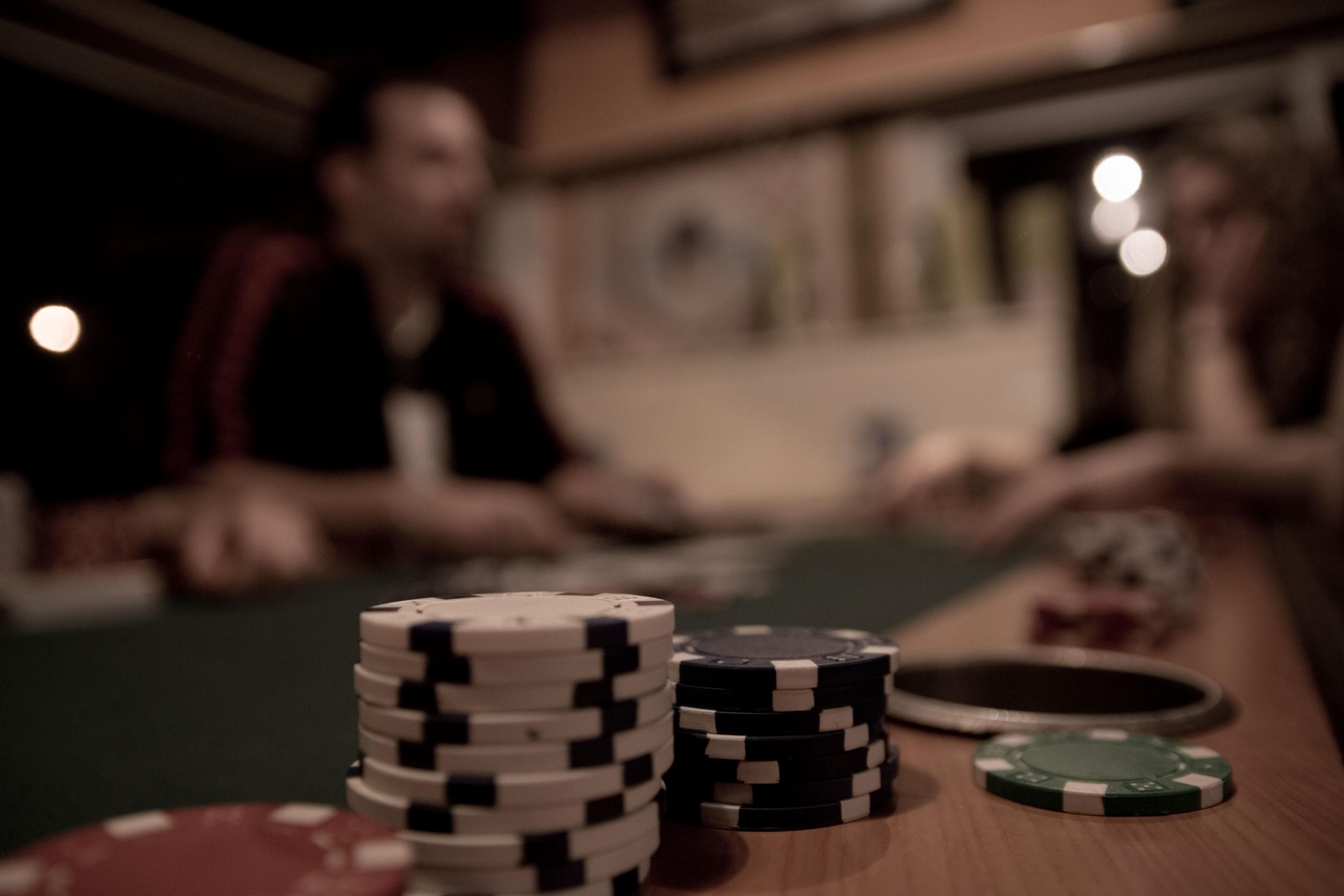 Nem hozzák nyilvánosságra a Facebook pókeralgoritmusát, mert félnek, hogy az egész online pókeripart bedöntené