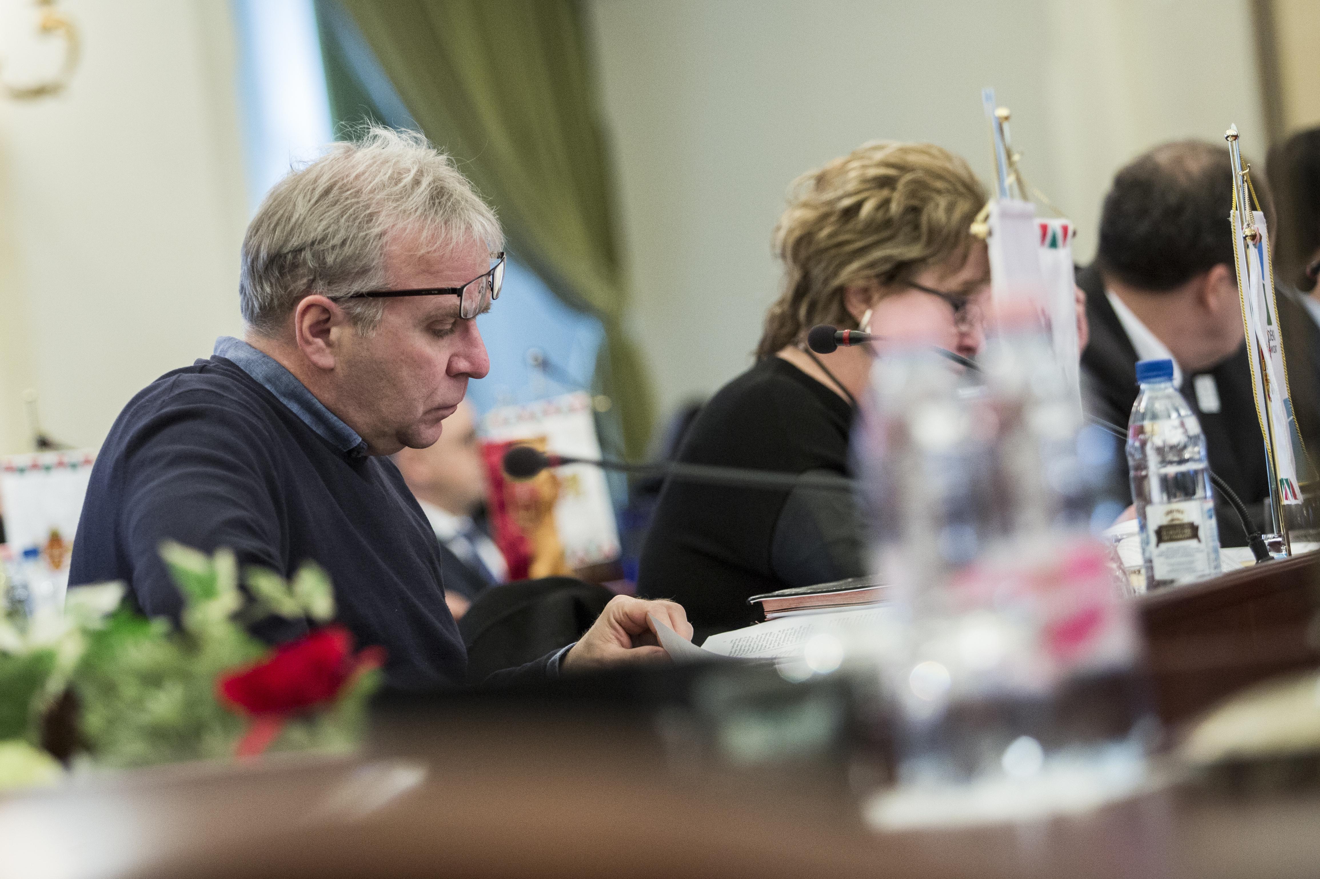 Pokorni Zoltán XII. kerületi fideszes polgármester kapta az adatvédelmi díjat