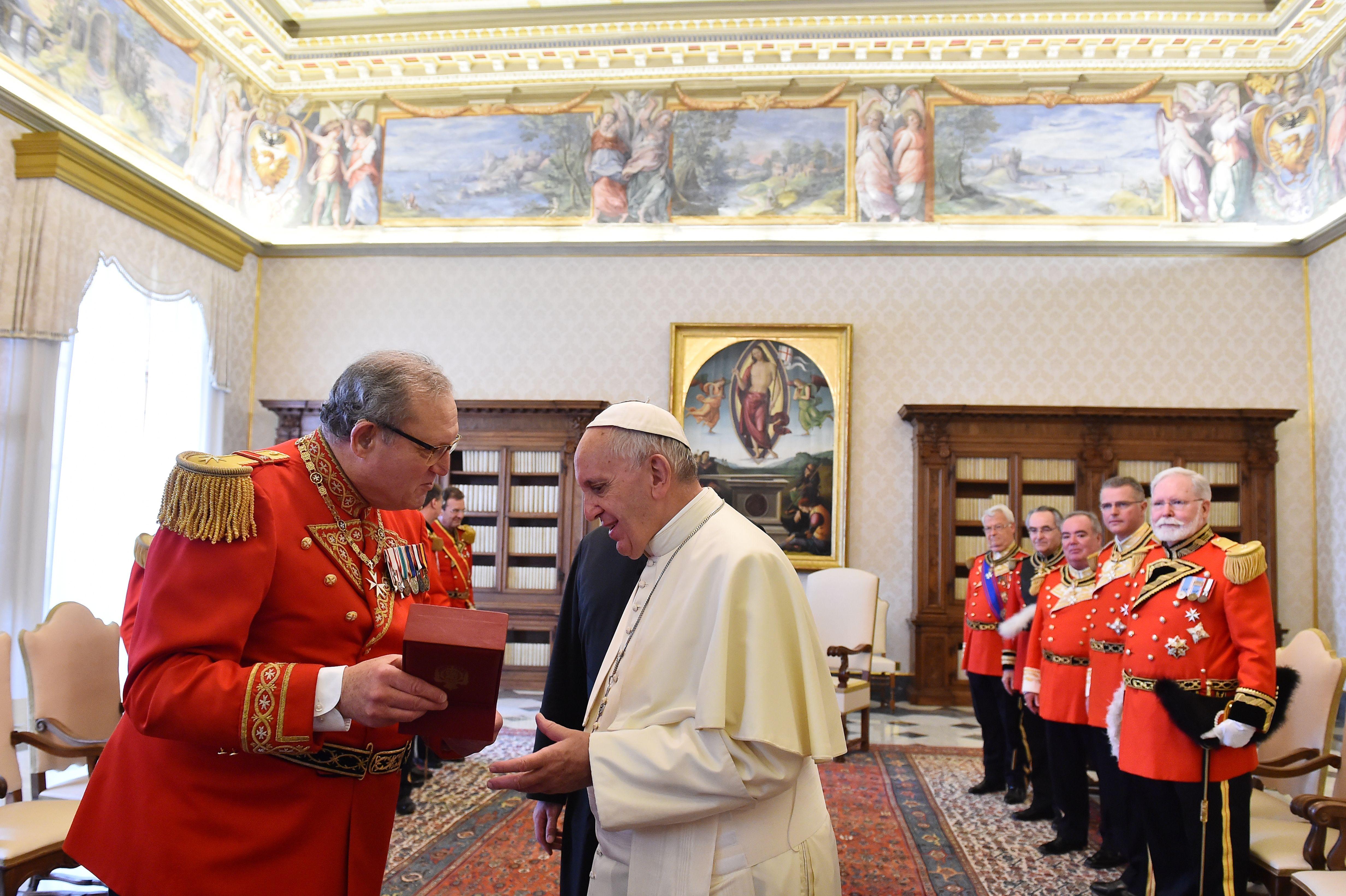 A Vatikán éppen annektált egy szuverén államot